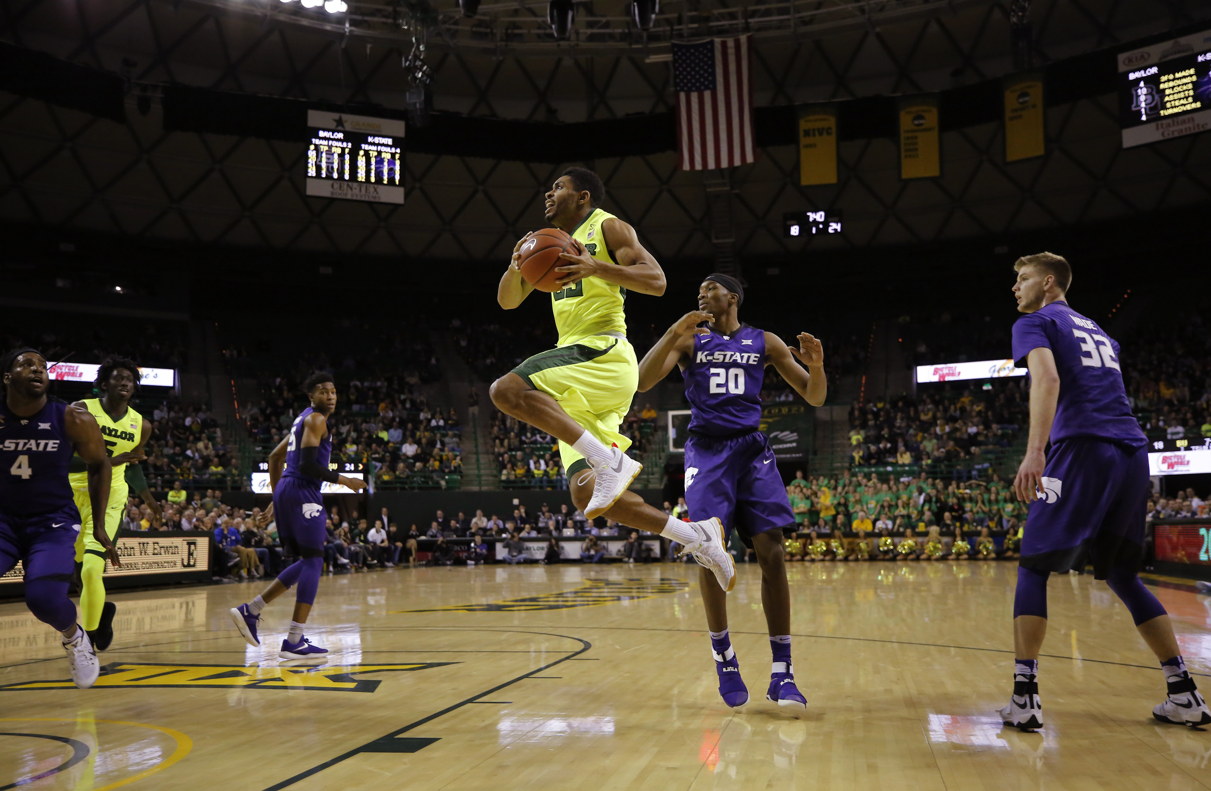 9857578-ncaa-basketball-kansas-state-at-baylor