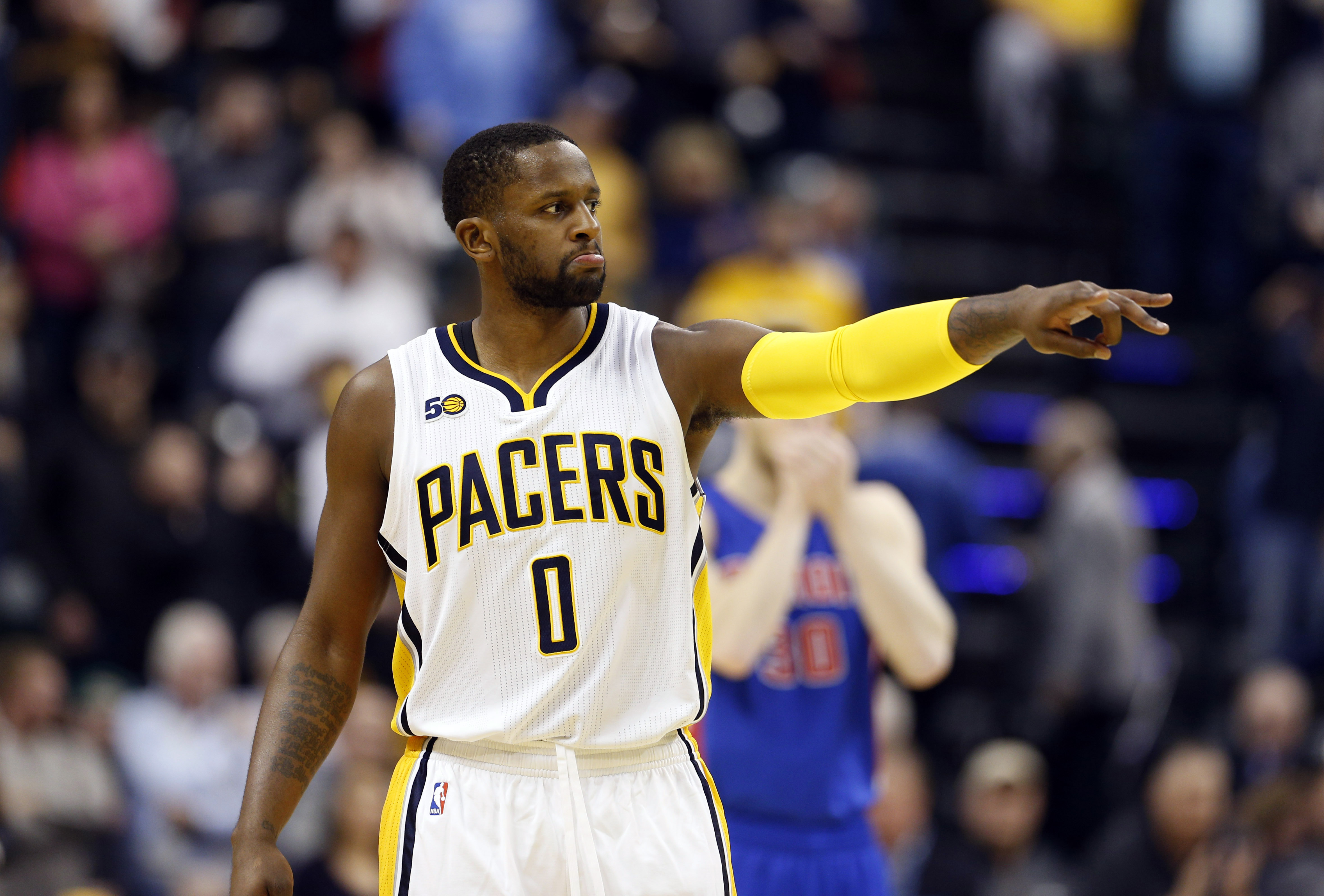 9858456-nba-detroit-pistons-at-indiana-pacers