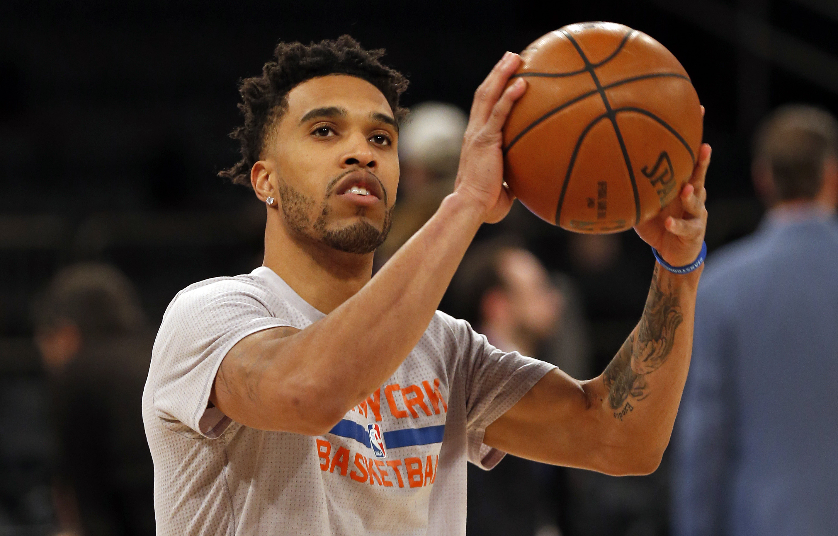 9858546-nba-cleveland-cavaliers-at-new-york-knicks-1