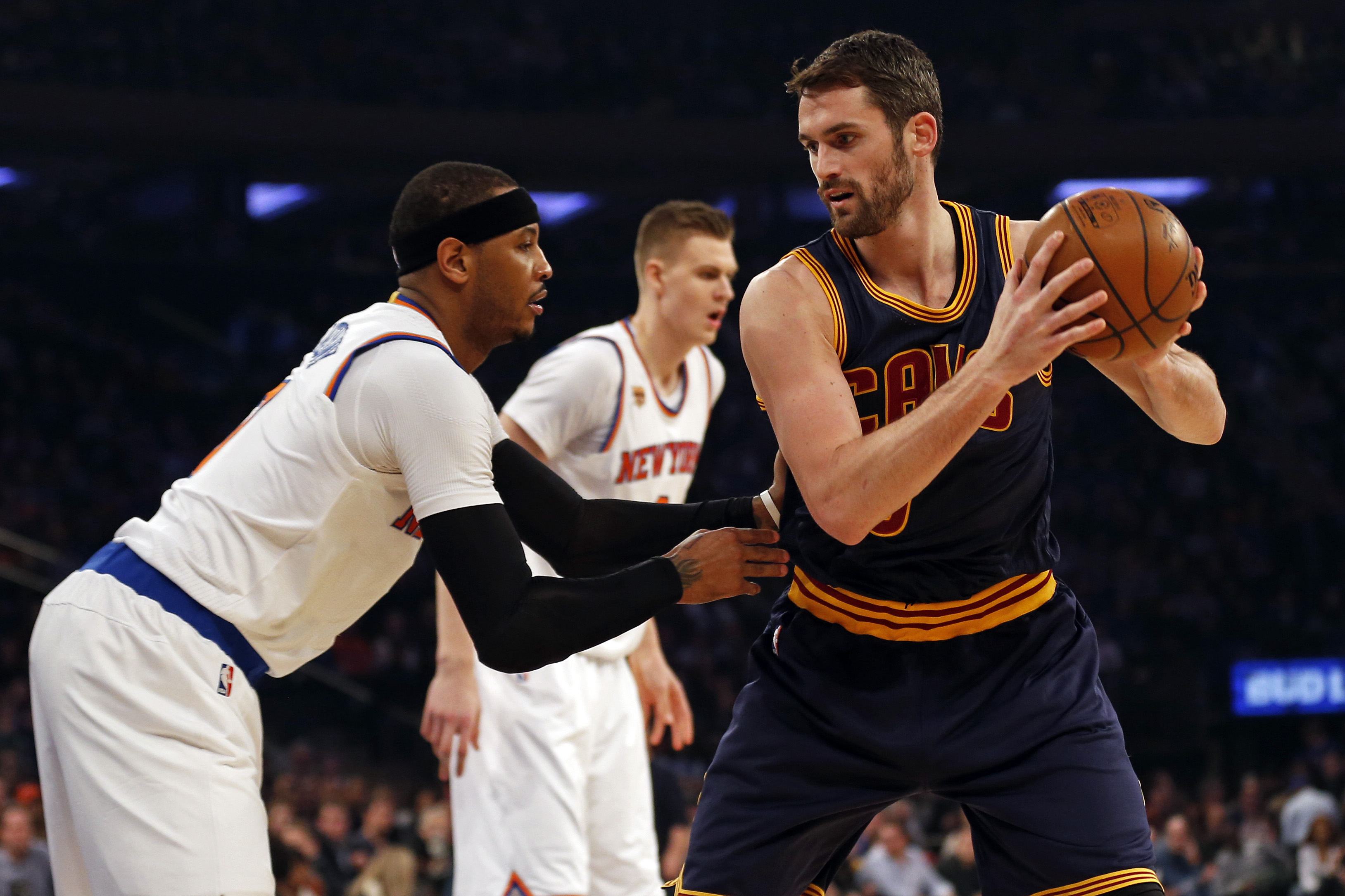 9859802-nba-cleveland-cavaliers-at-new-york-knicks