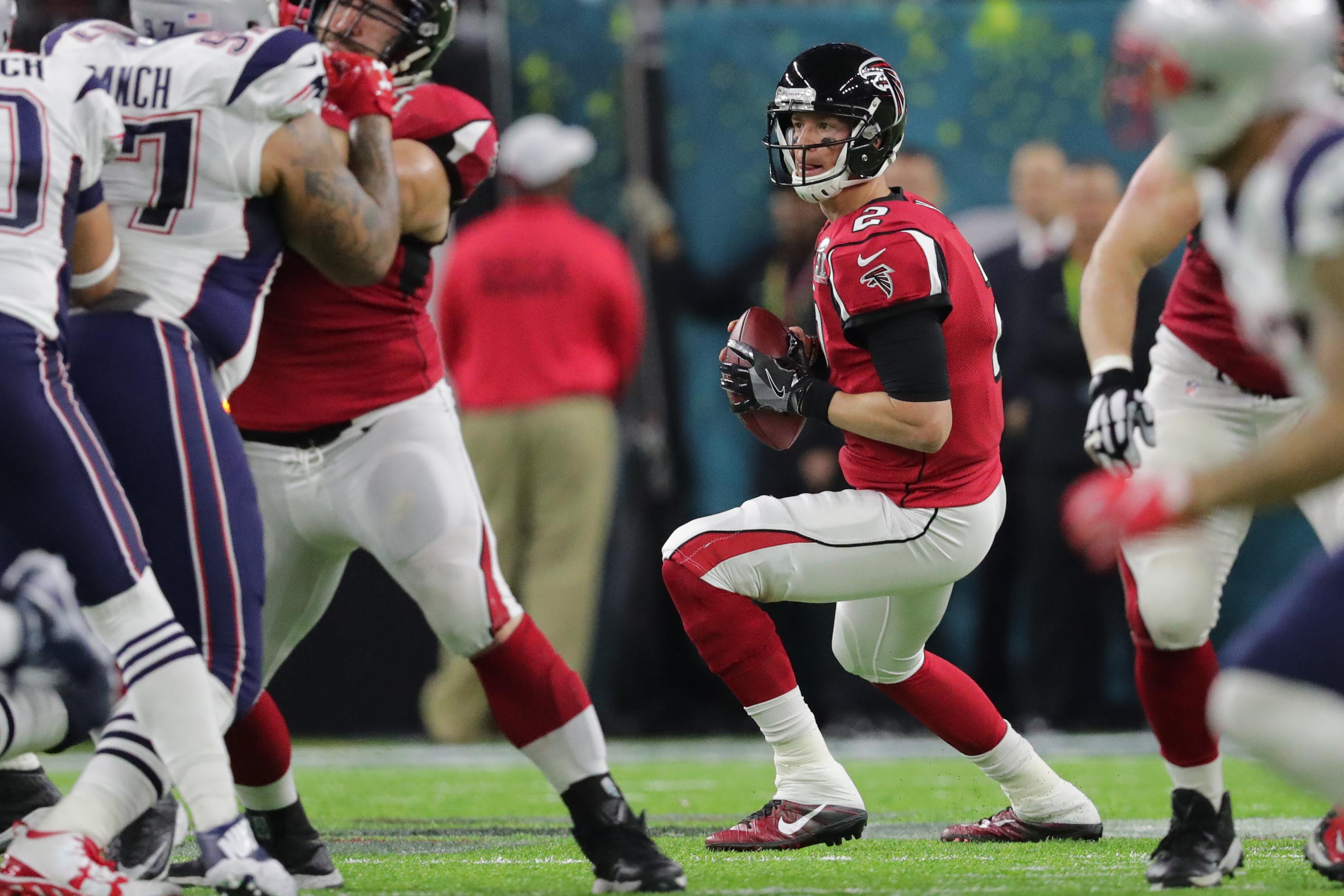 Feb 5, 2017; Houston, TX, USA; Atlanta Falcons quarterback Matt Ryan (2) looks to pass during the second quarter against the New England Patriots during Super Bowl LI at NRG Stadium. Mandatory Credit: Dan Powers-USA TODAY Sports