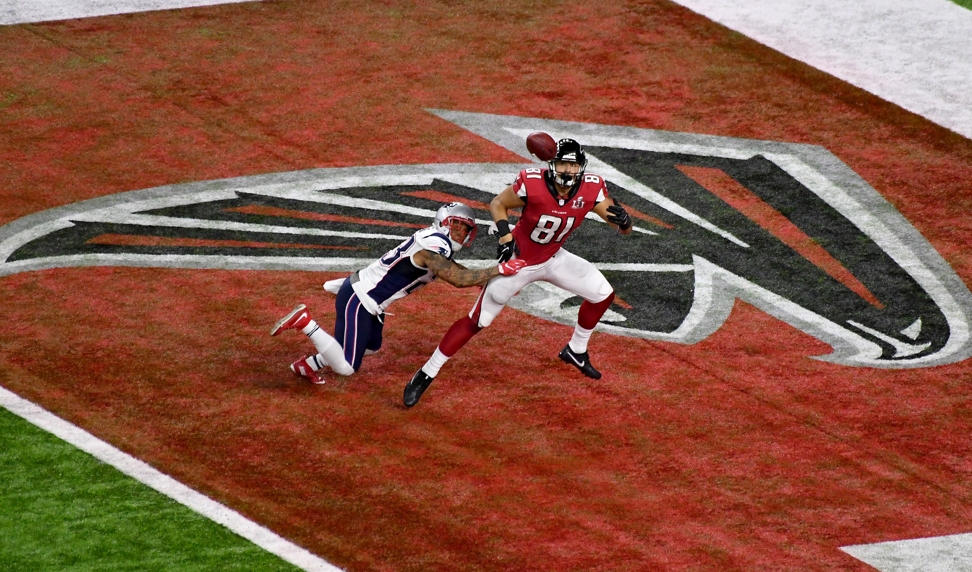 9861533-nfl-super-bowl-li-new-england-patriots-vs-atlanta-falcons