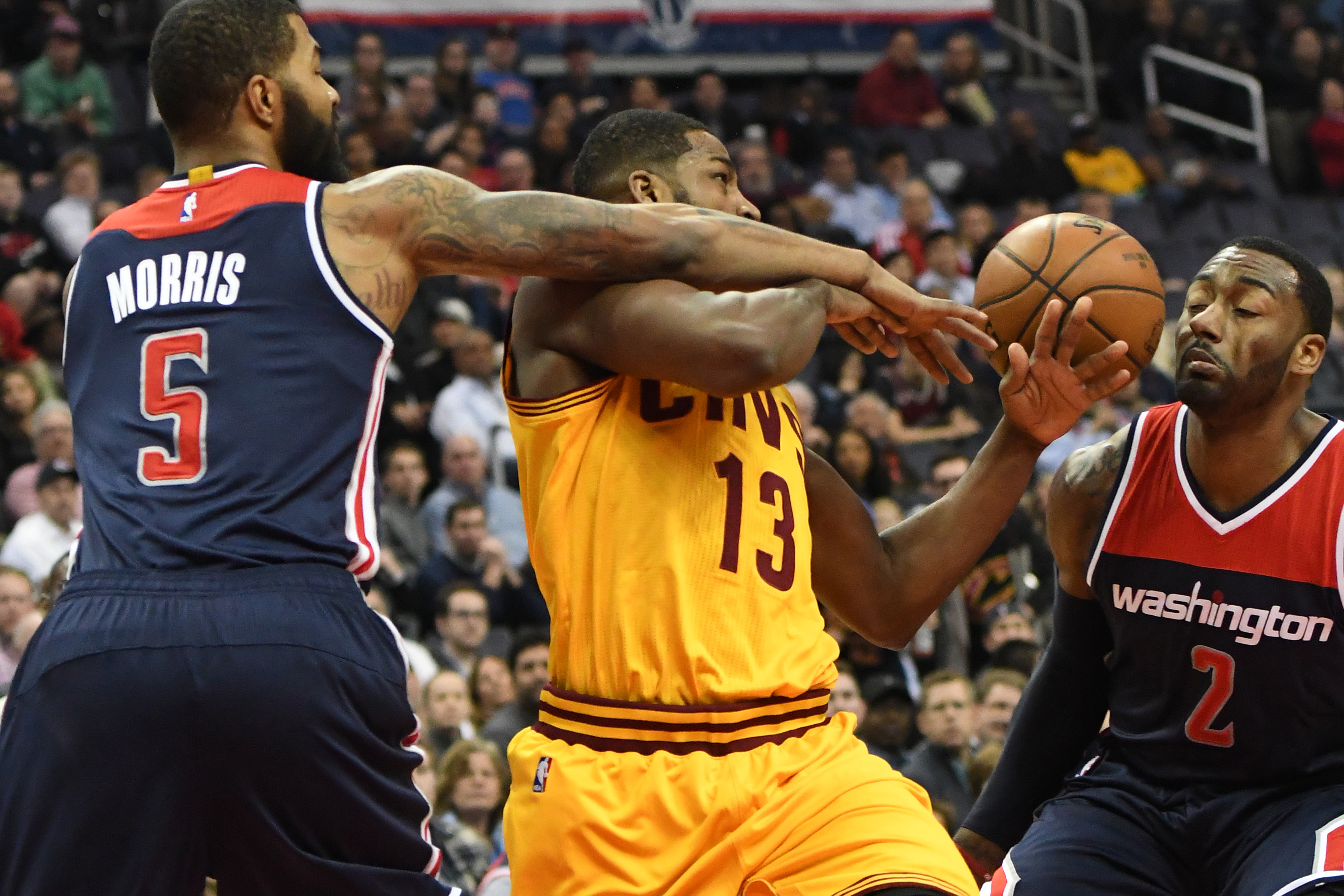 9863167-nba-cleveland-cavaliers-at-washington-wizards