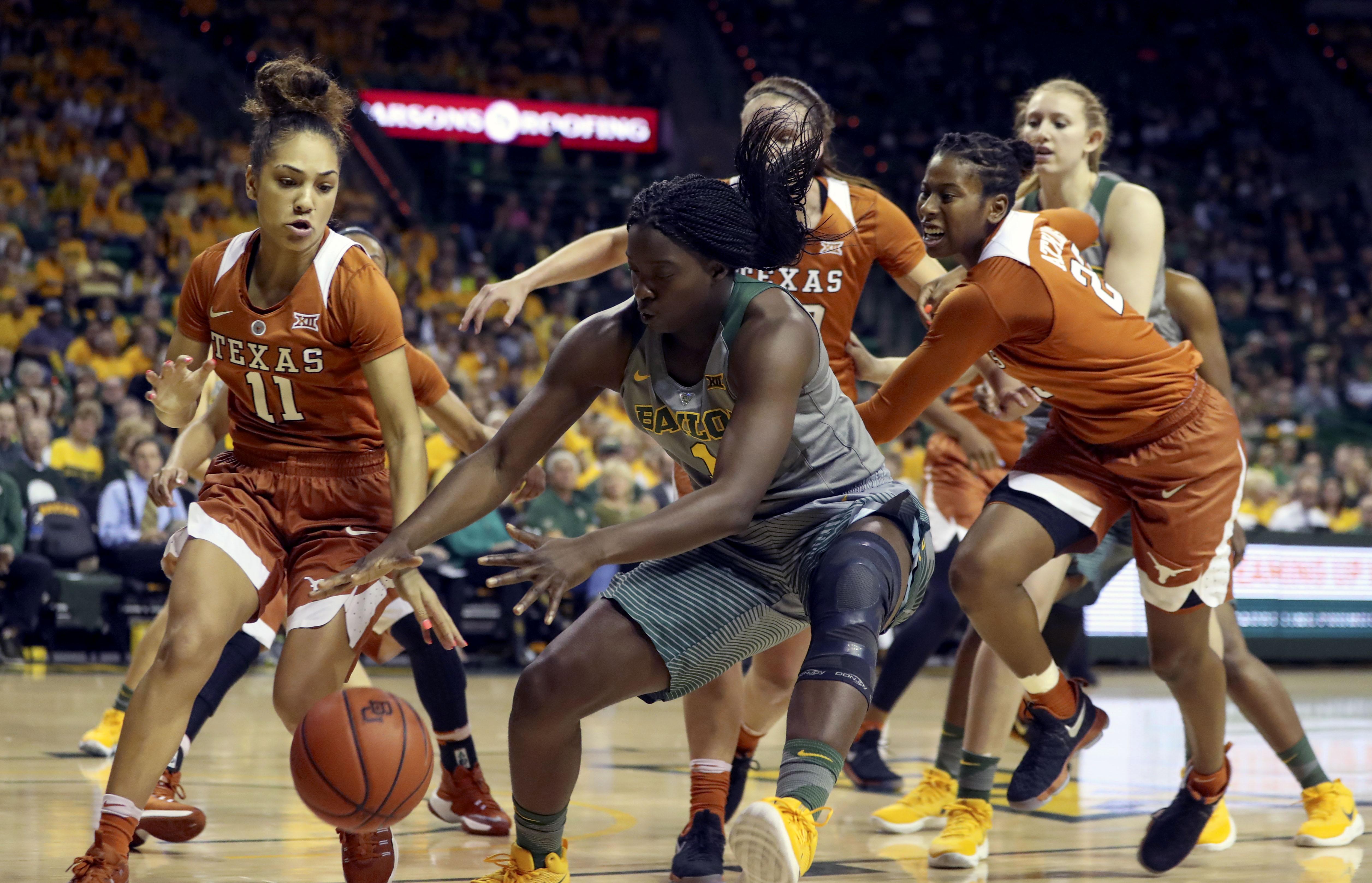 9863261-ncaa-womens-basketball-texas-at-baylor