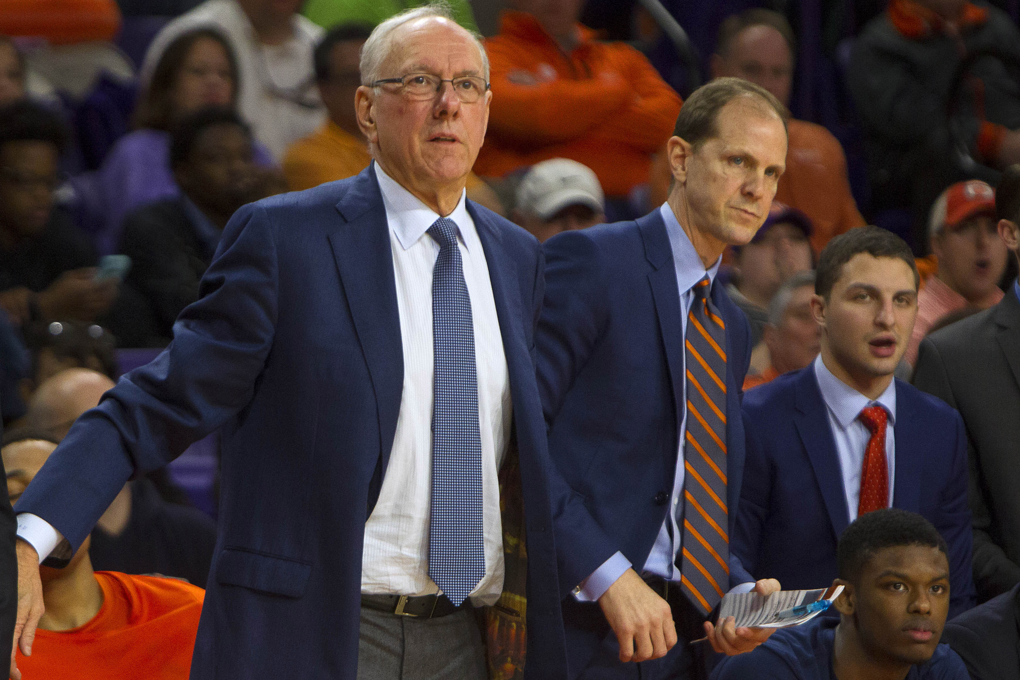 9865307-ncaa-basketball-syracuse-at-clemson