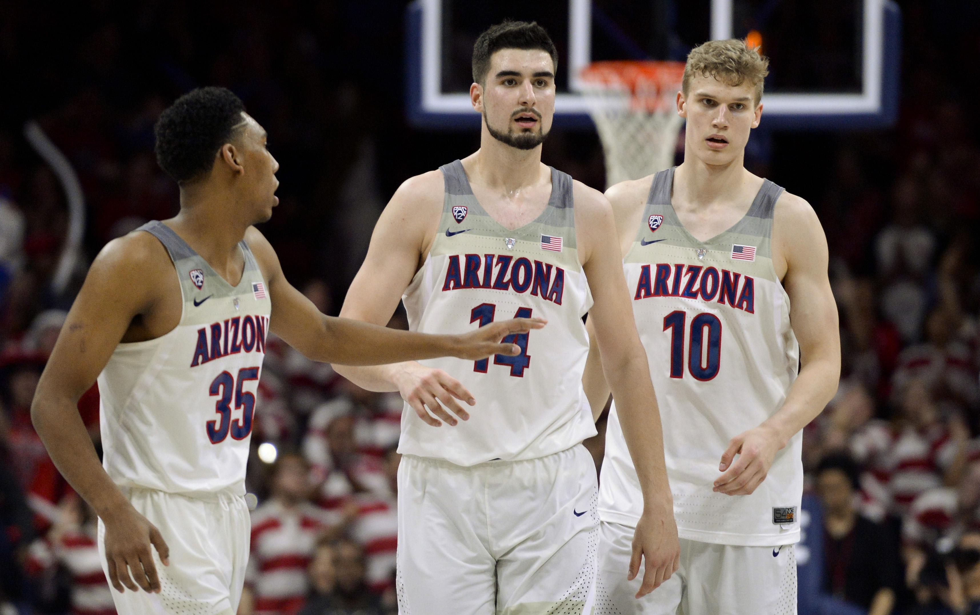 9867123-ncaa-basketball-stanford-at-arizona