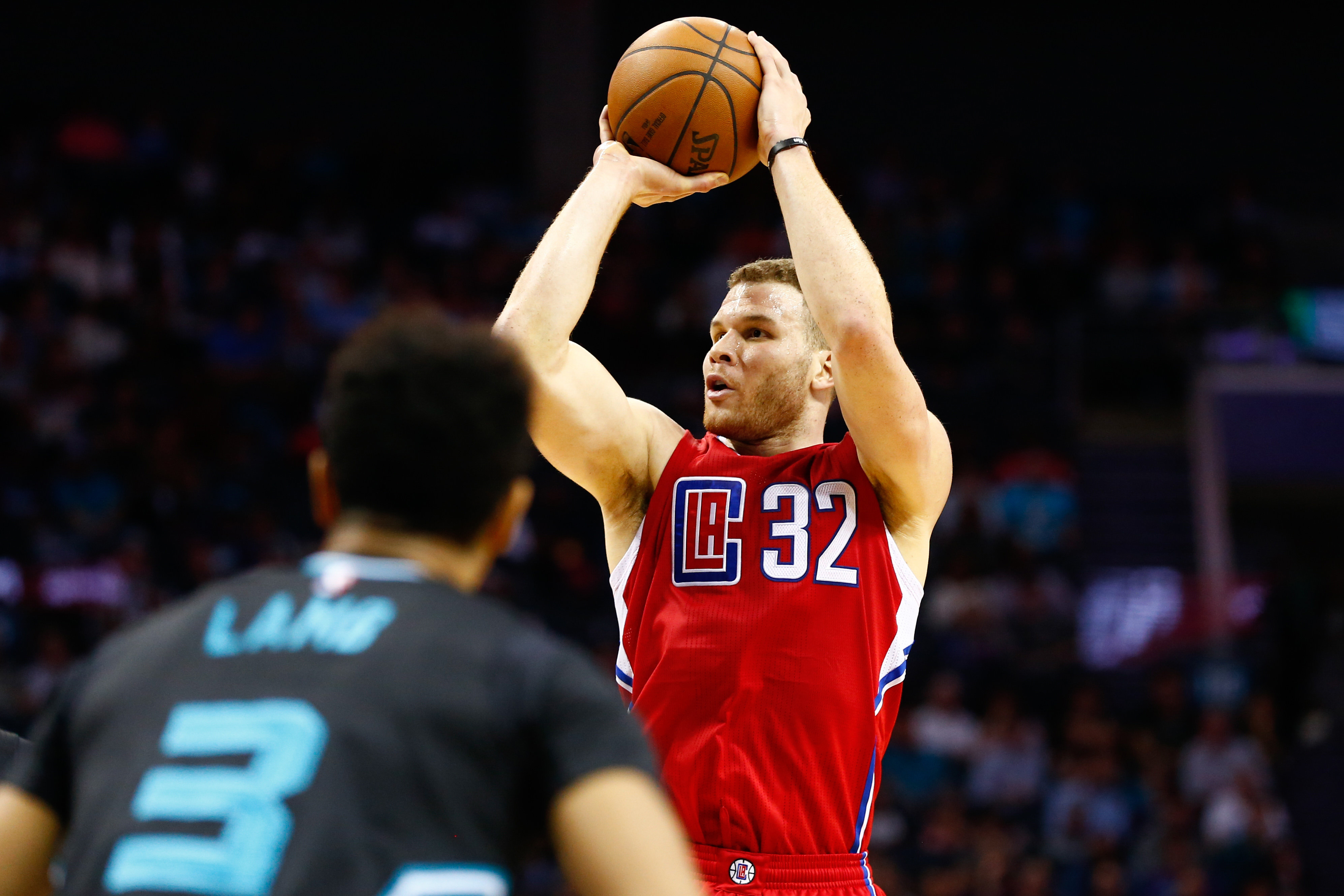 9871777-nba-los-angeles-clippers-at-charlotte-hornets