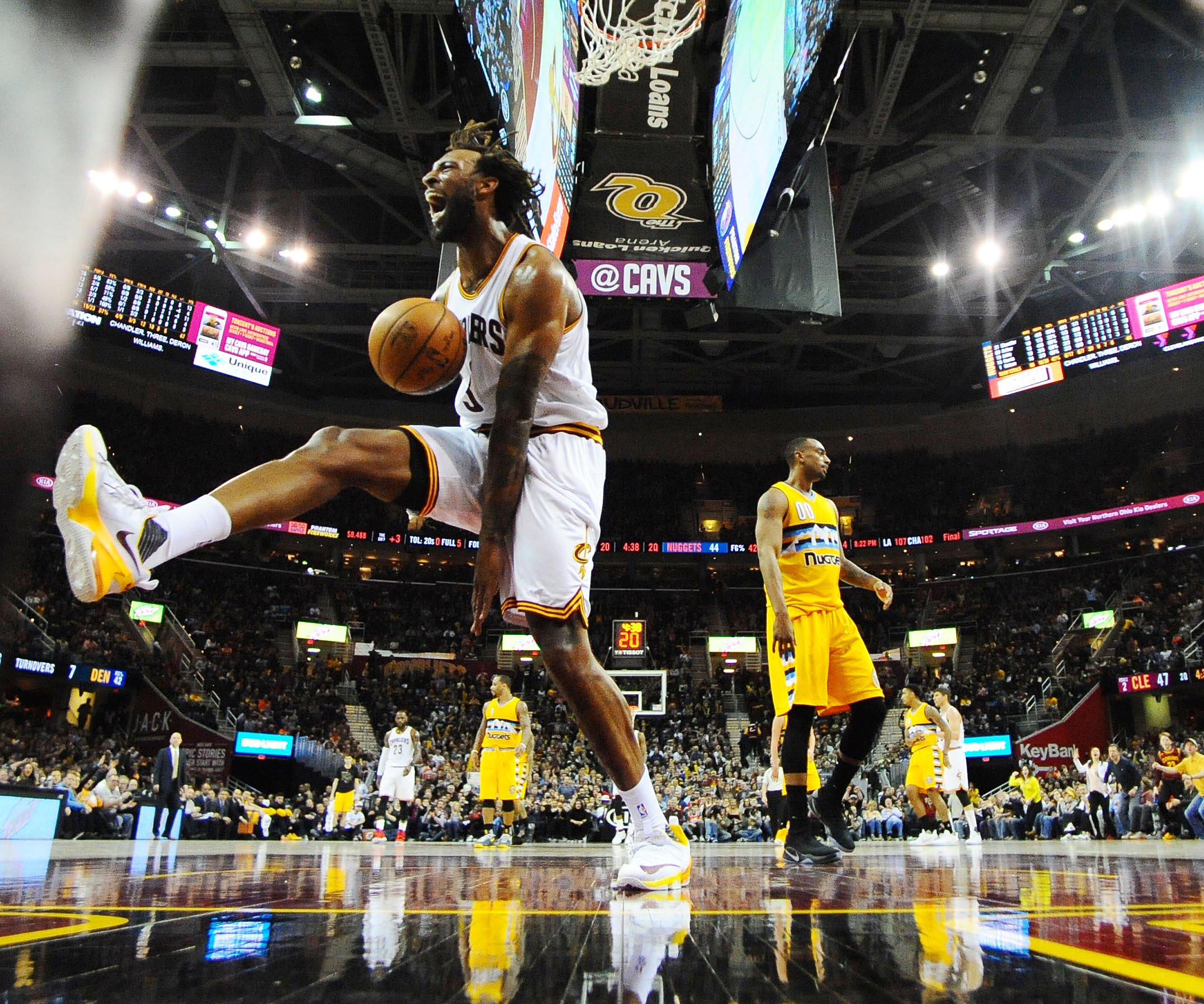 9873070-nba-denver-nuggets-at-cleveland-cavaliers