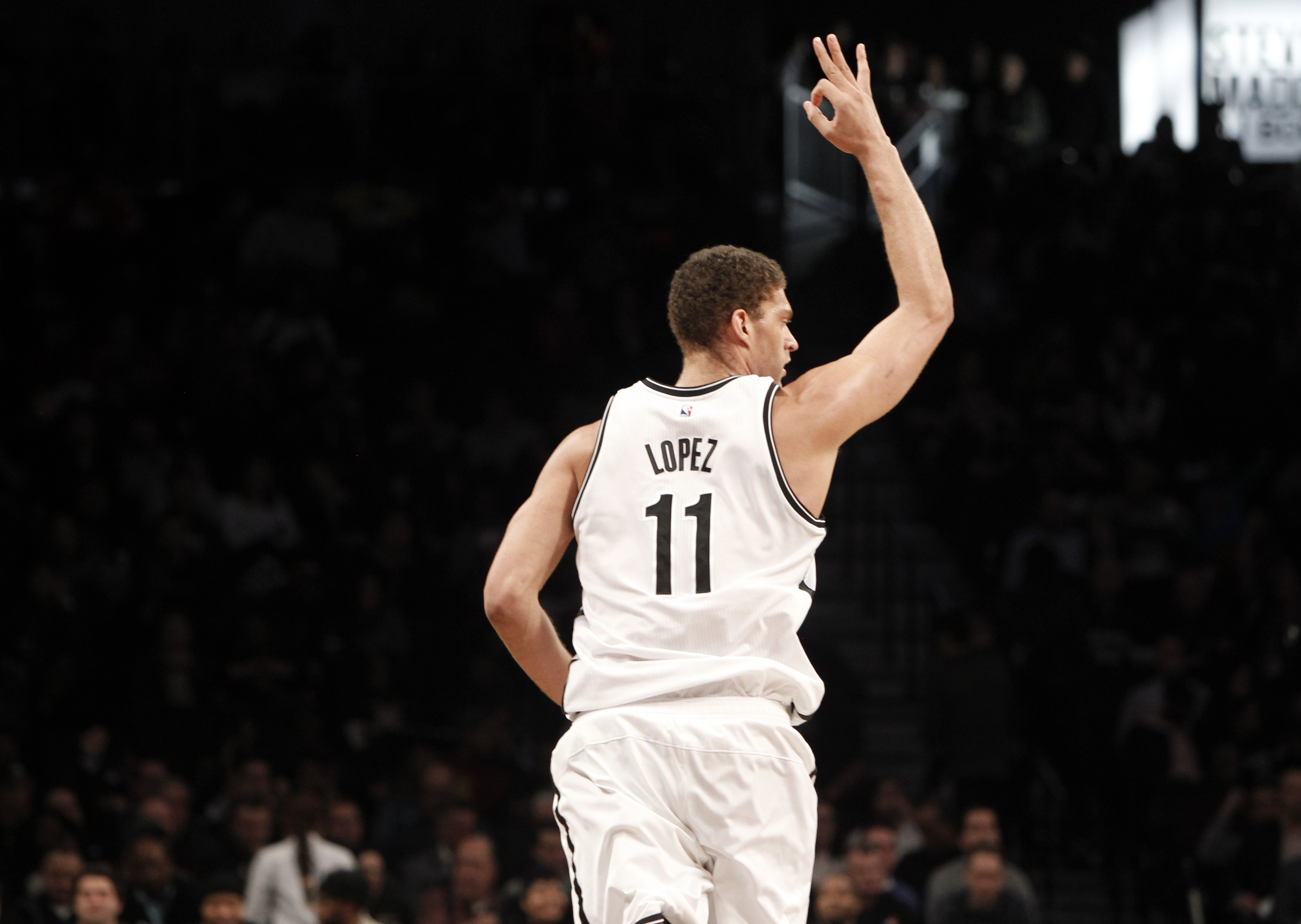 9876355-nba-memphis-grizzlies-at-brooklyn-nets-2