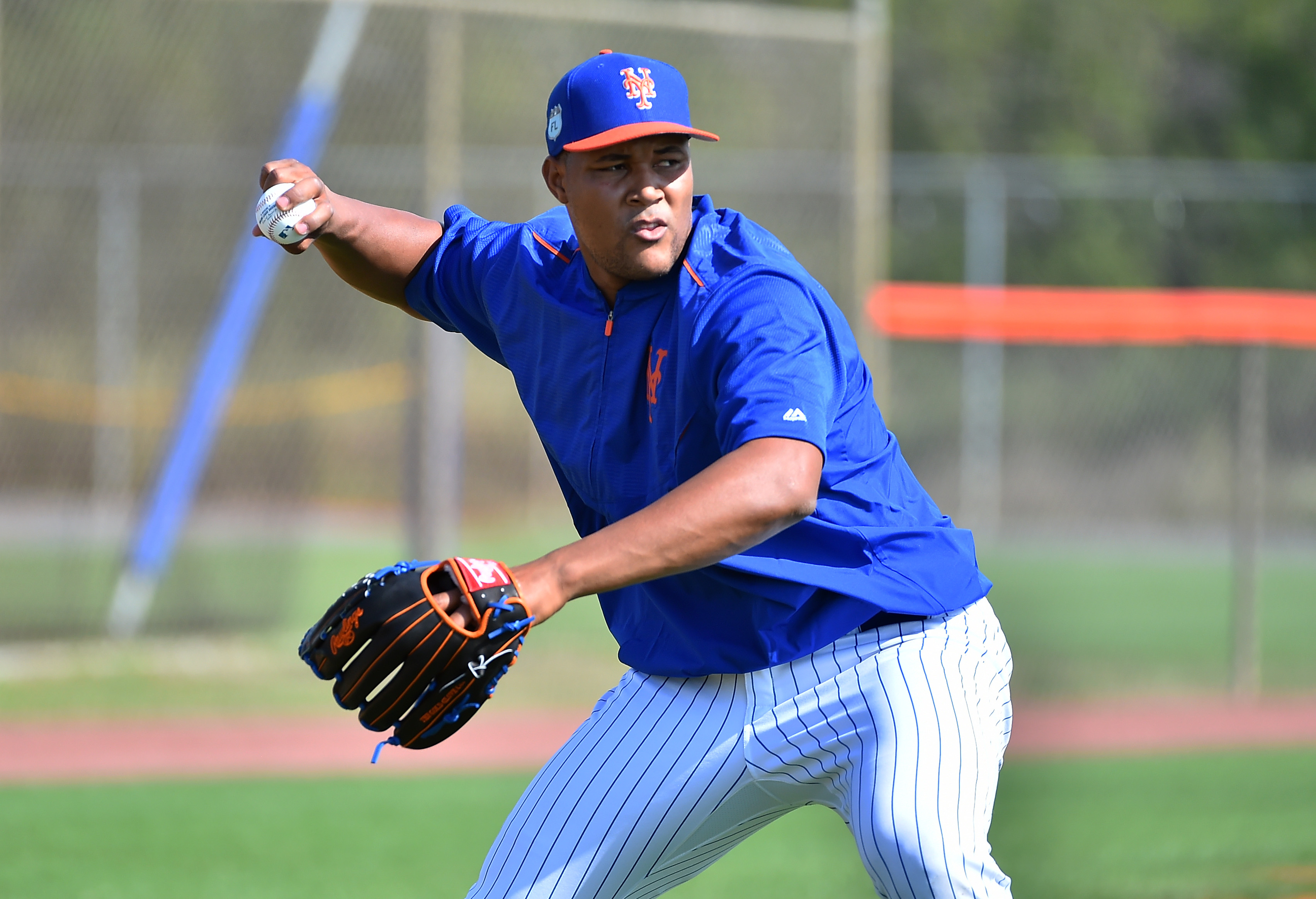 9877487-mlb-new-york-mets-workouts