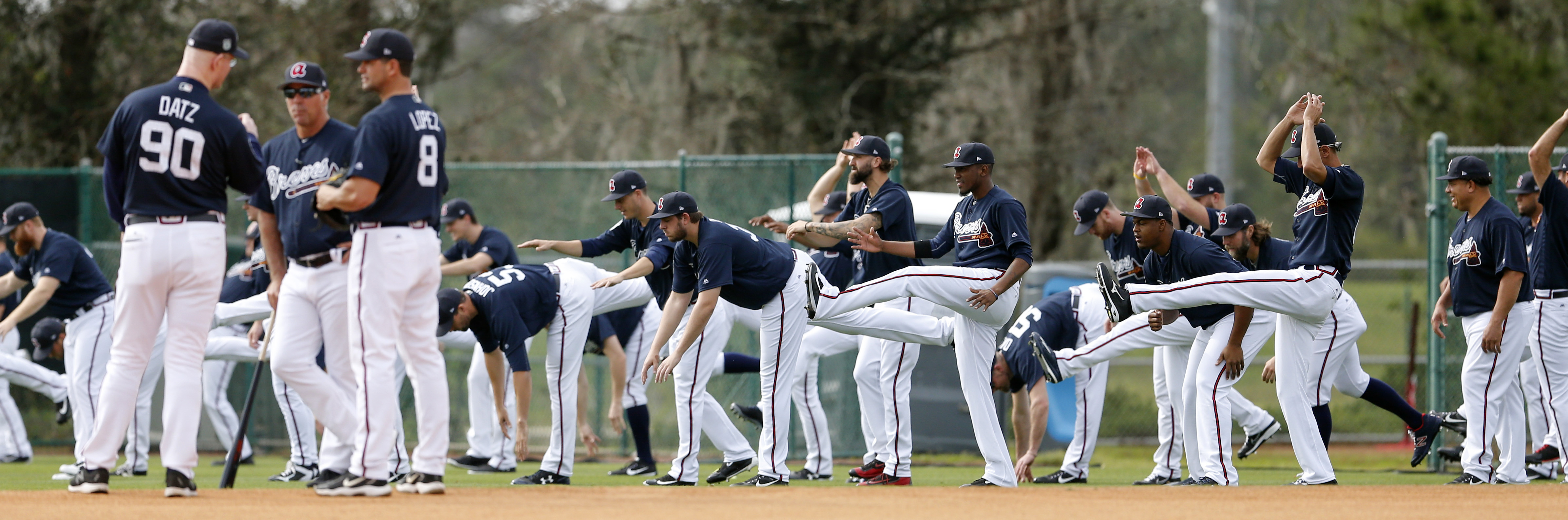 9879145-mlb-atlanta-braves-workouts