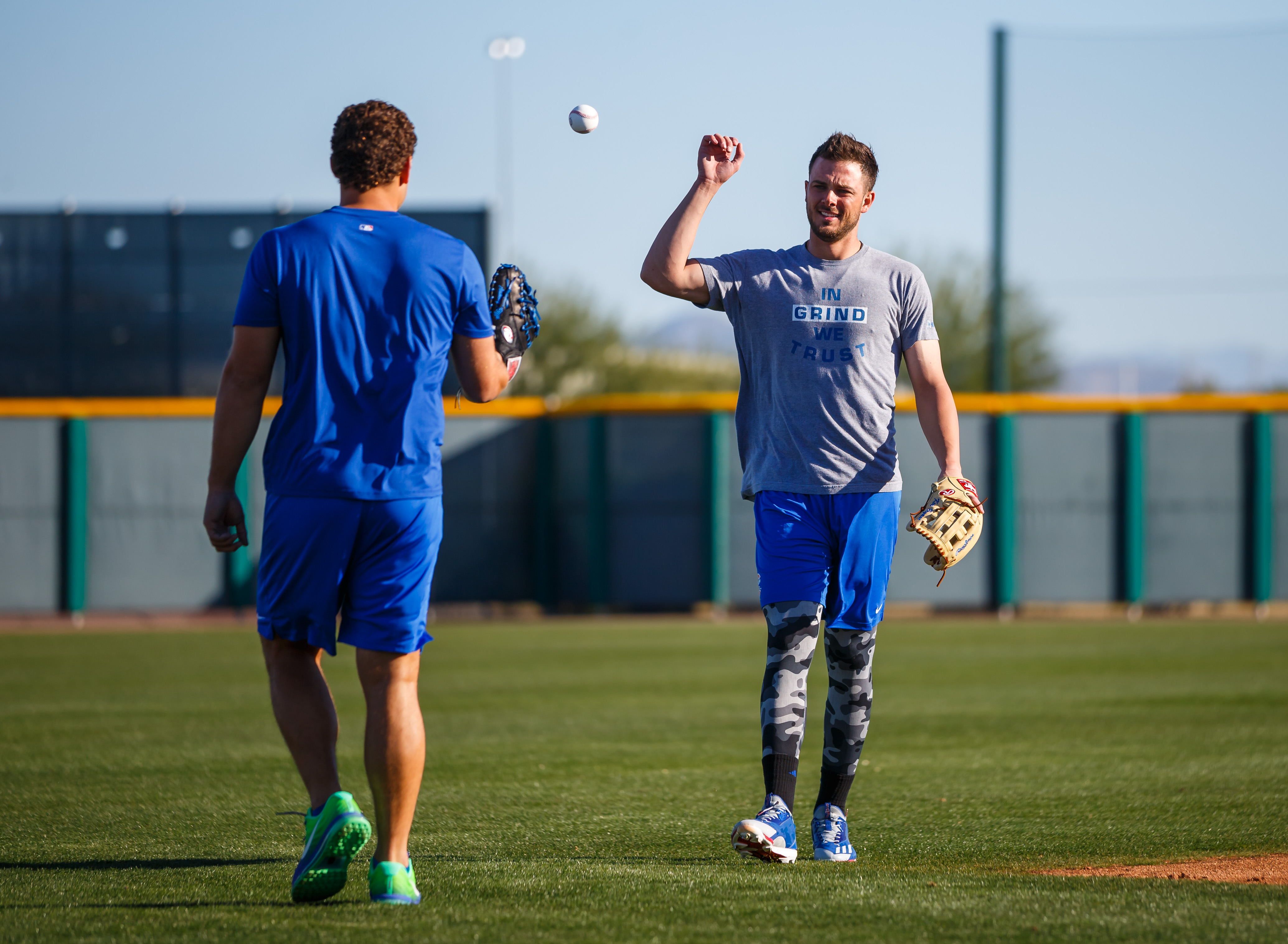 9879288-mlb-chicago-cubs-workouts
