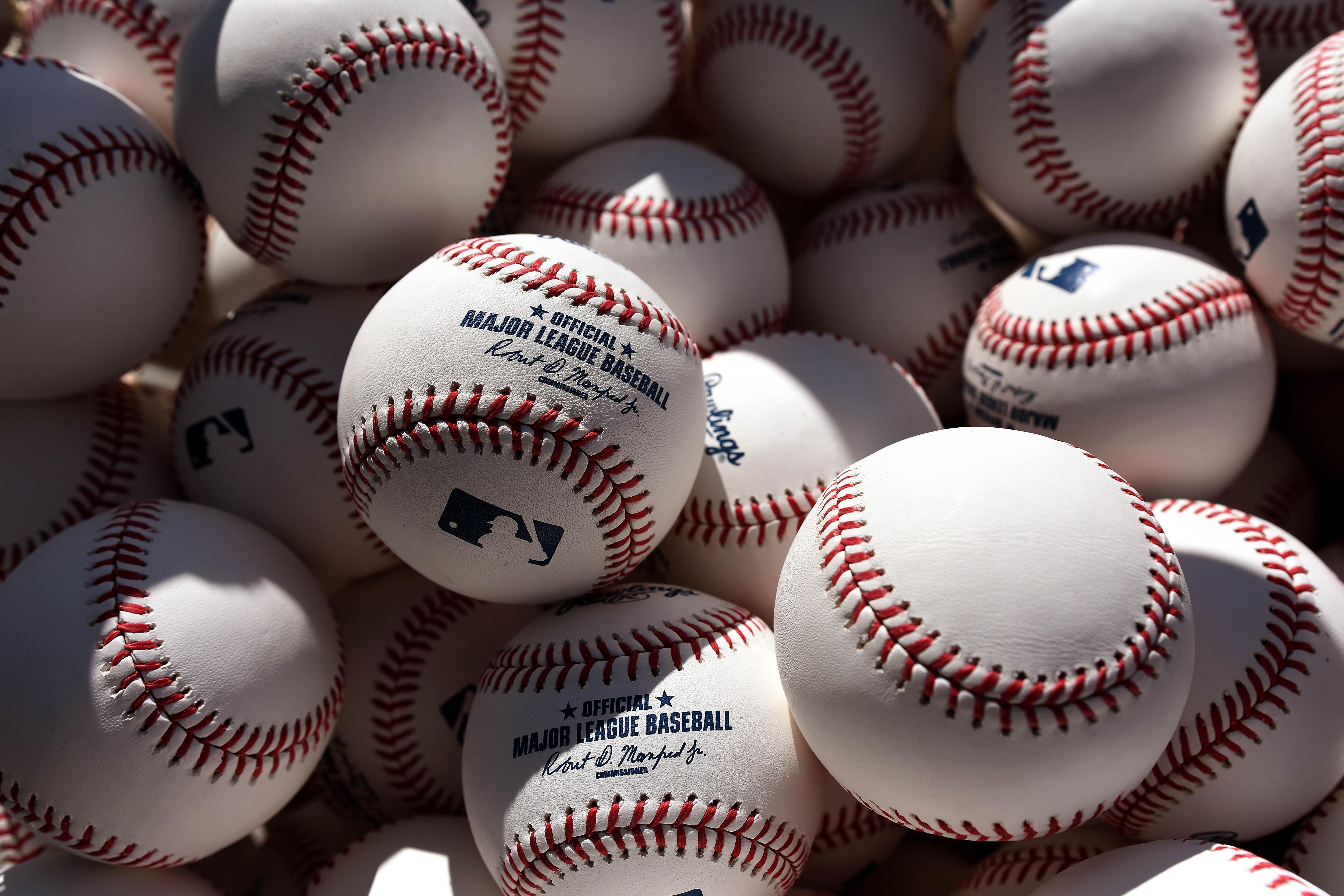 9881950-mlb-baltimore-orioles-workouts