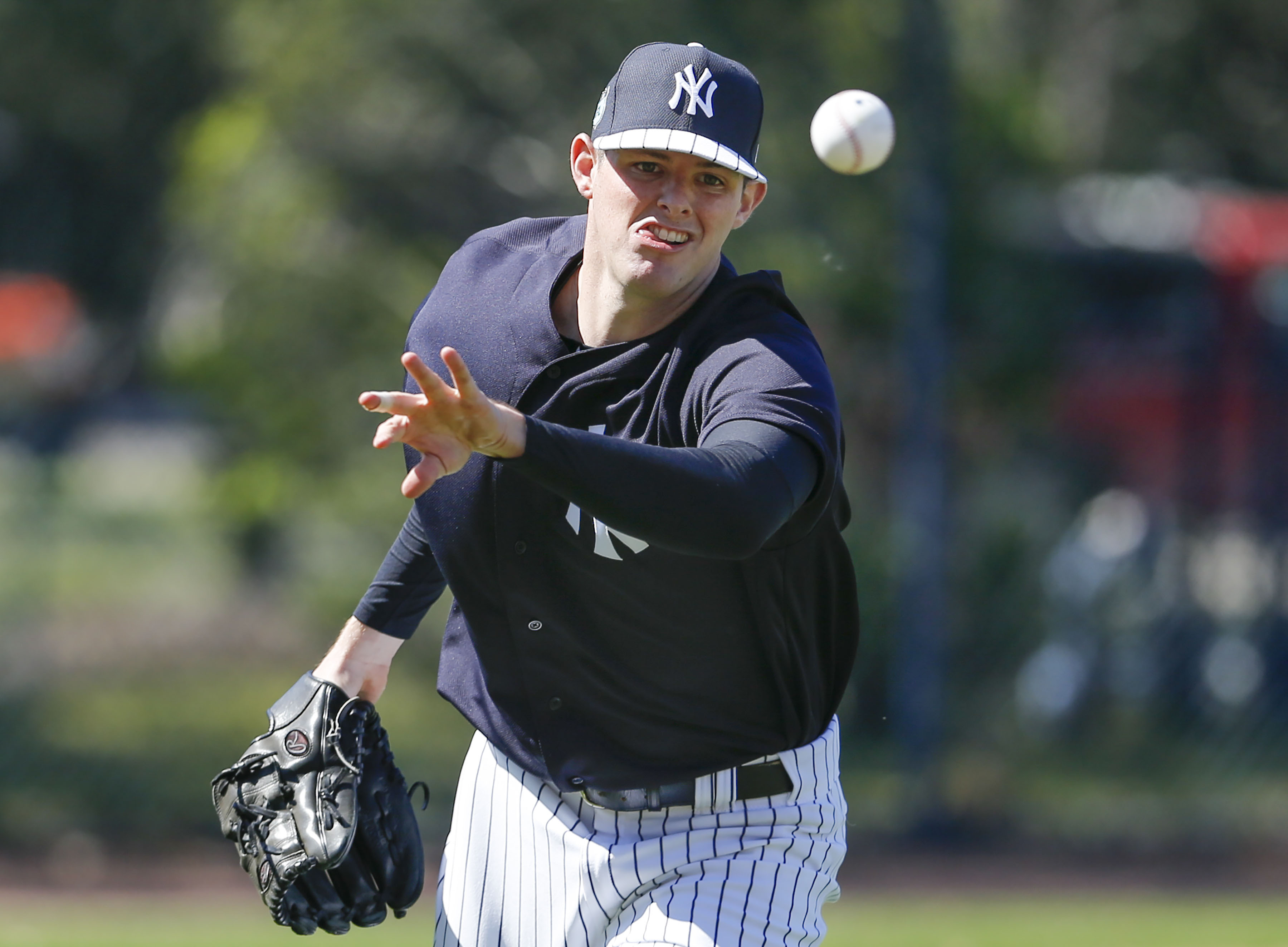 9882129-mlb-new-york-yankees-workouts