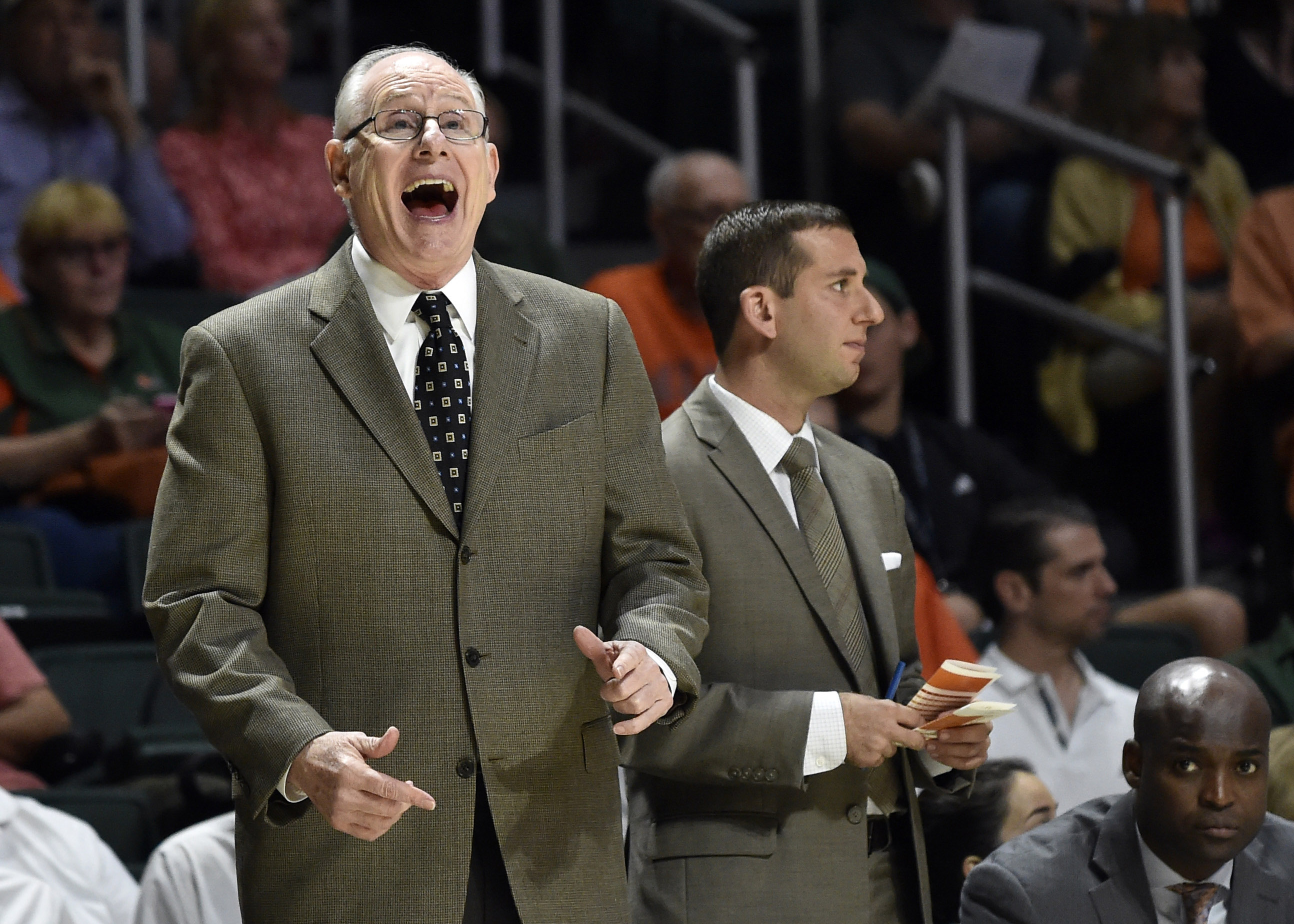 9883954-ncaa-basketball-clemson-at-miami