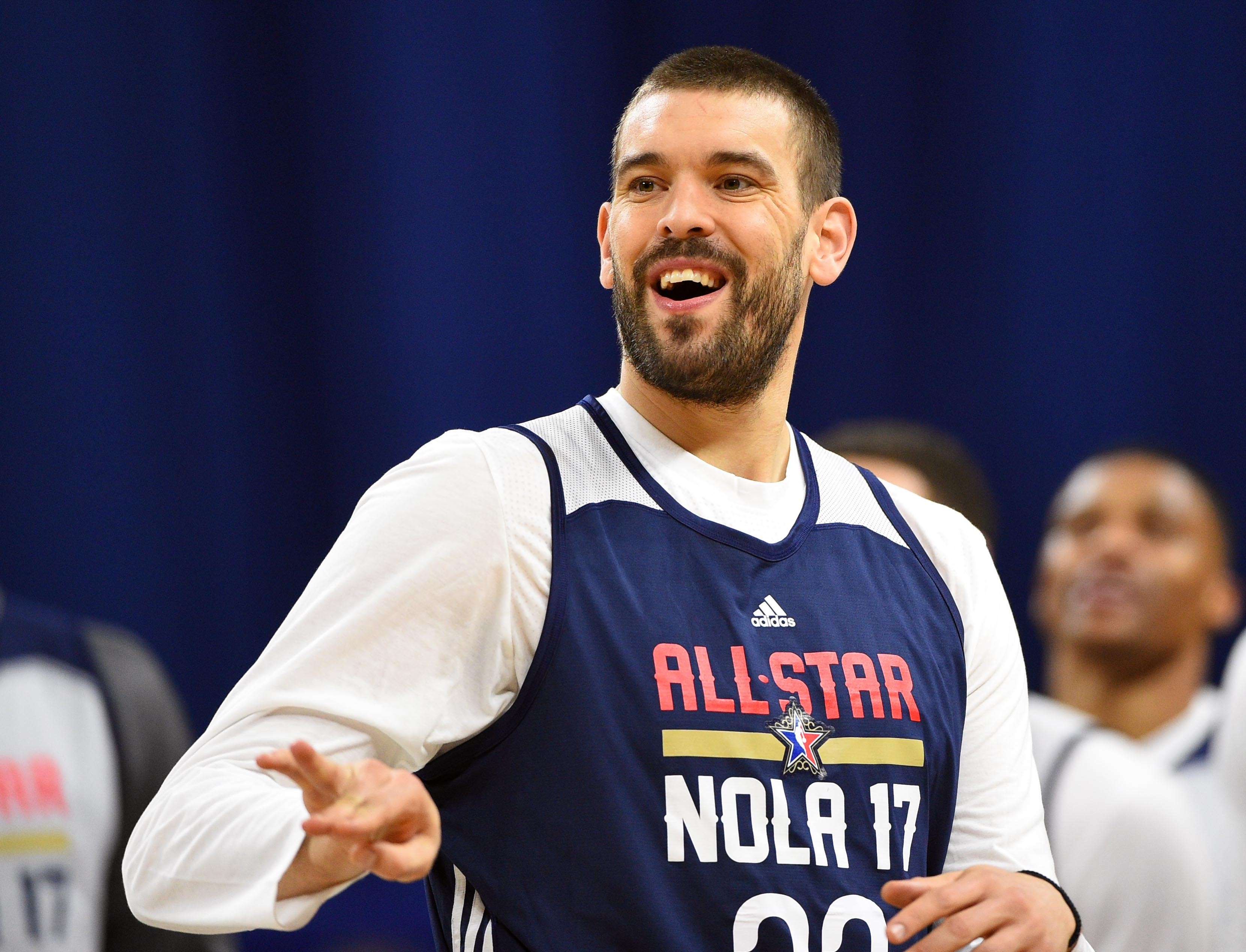 9884036-nba-all-star-practice