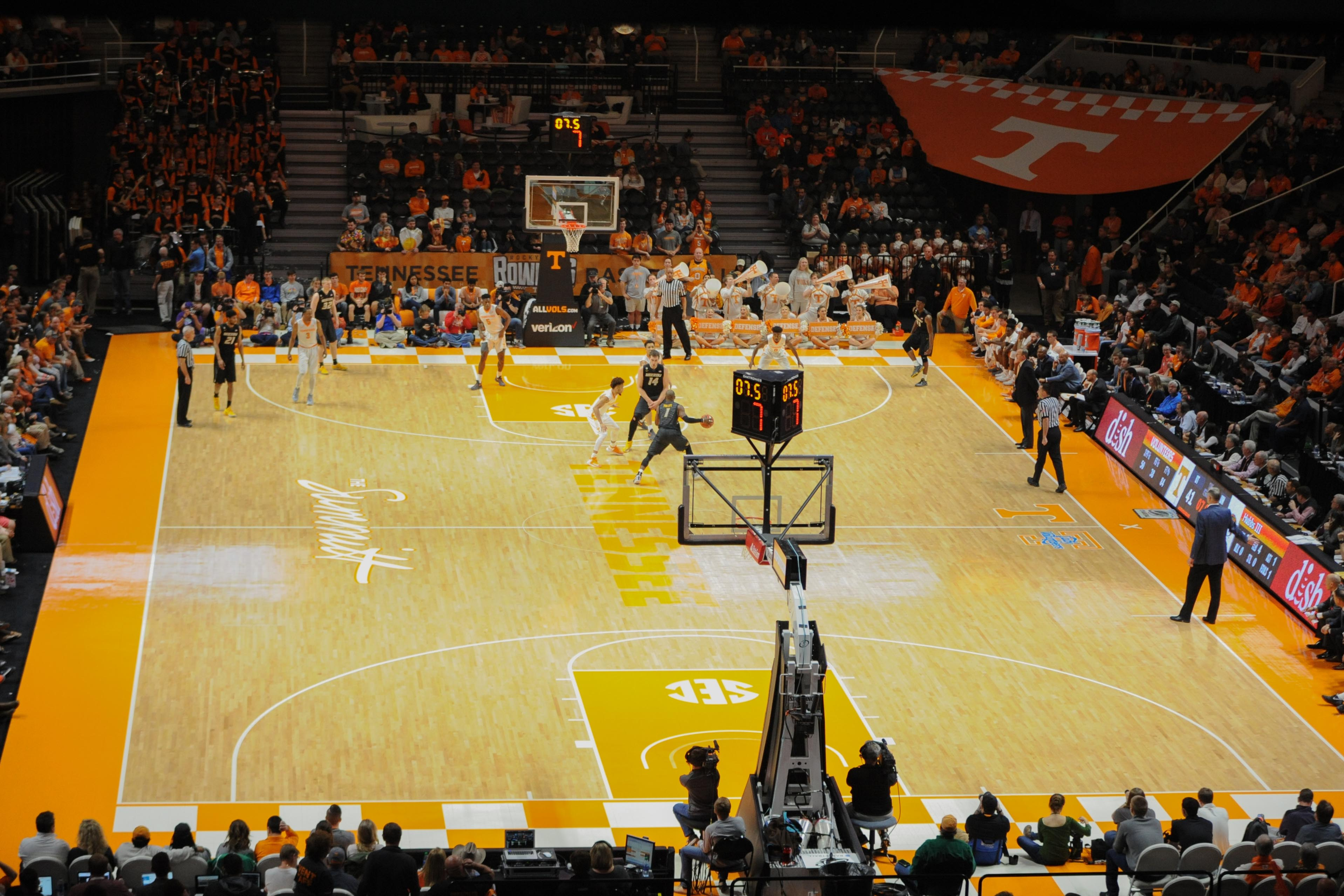 Tennessee Basketball Bracketology: Vols Slipping Out of NCAA Tourney