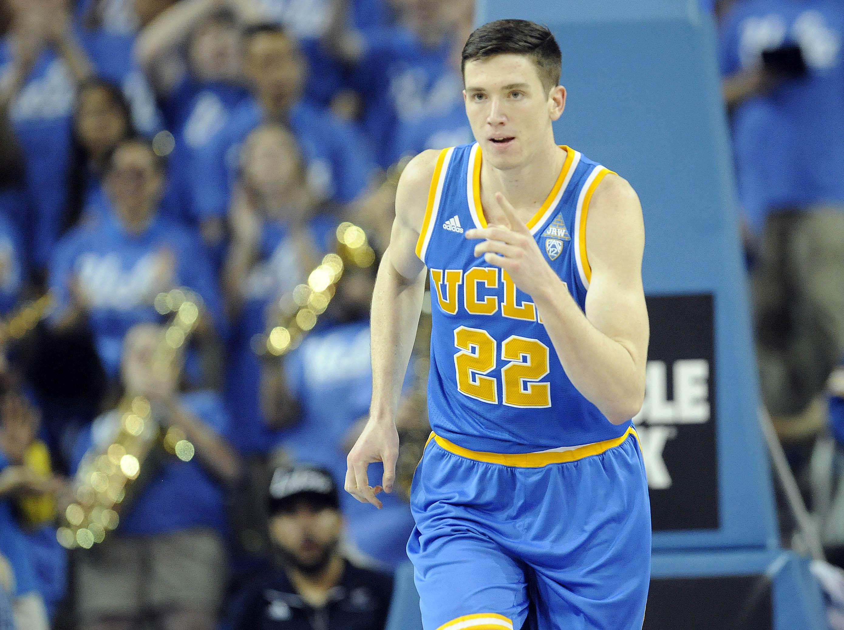 9886701-ncaa-basketball-southern-california-at-ucla