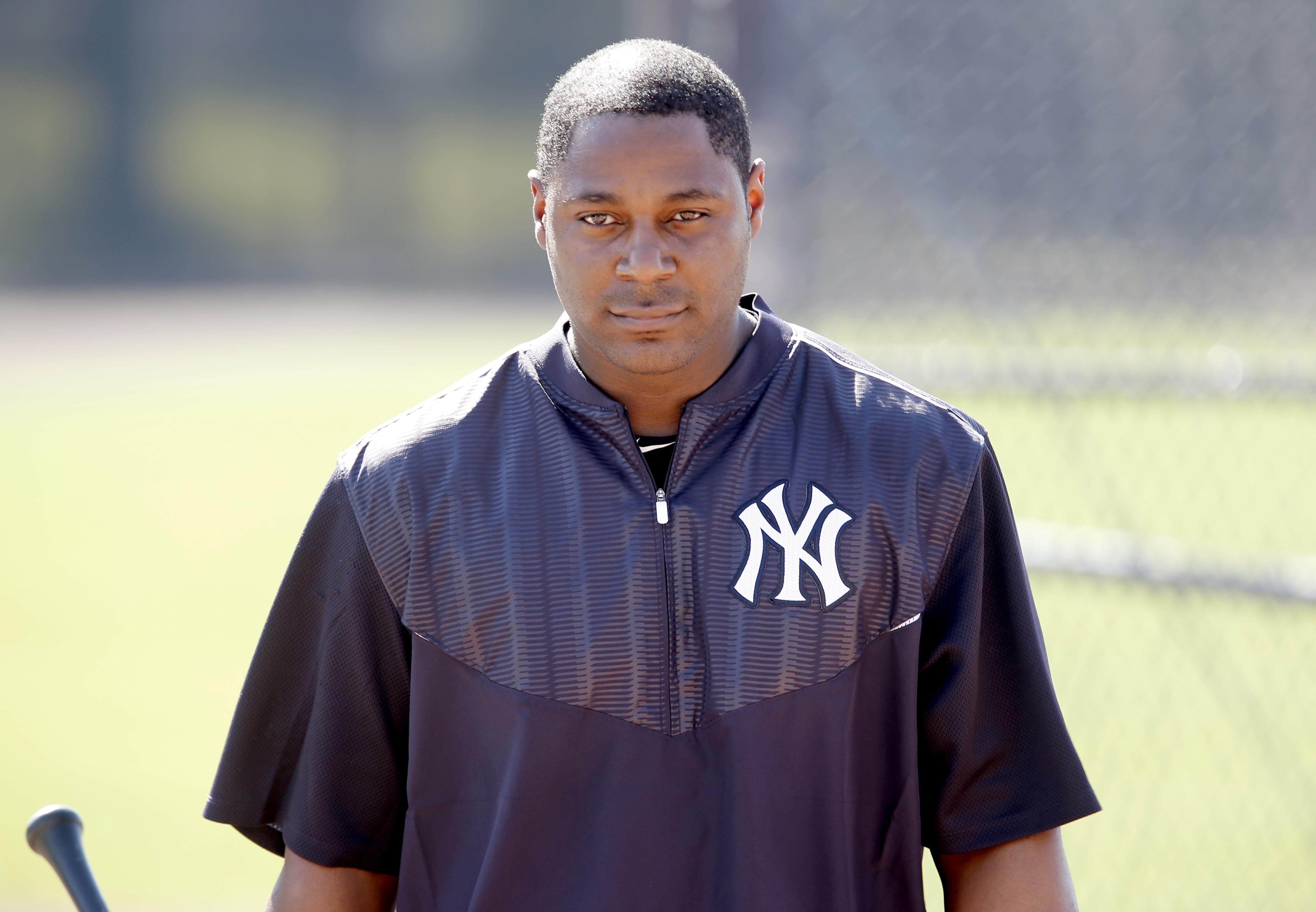 9889787-mlb-new-york-yankees-workouts