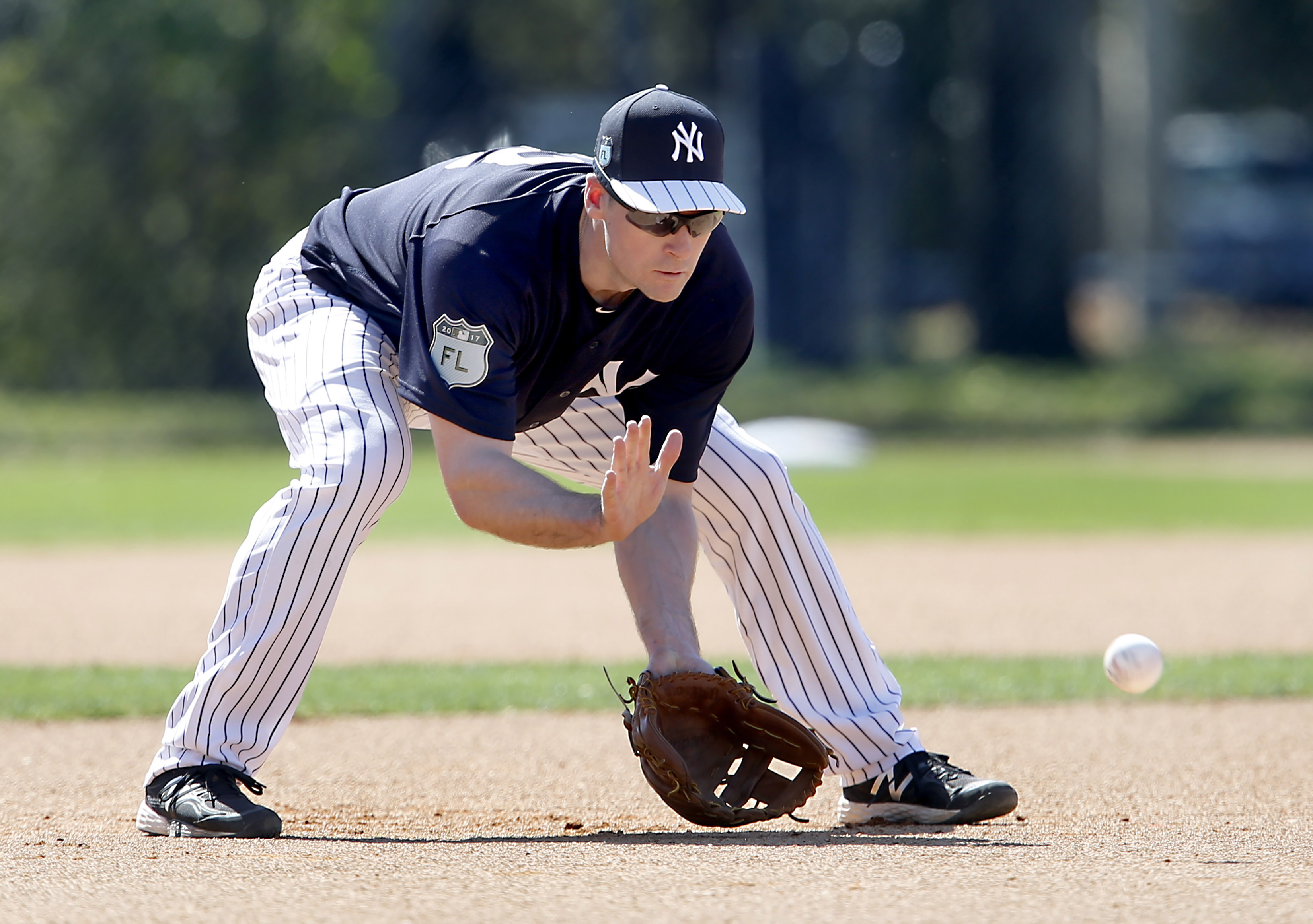 9889808-mlb-new-york-yankees-workouts