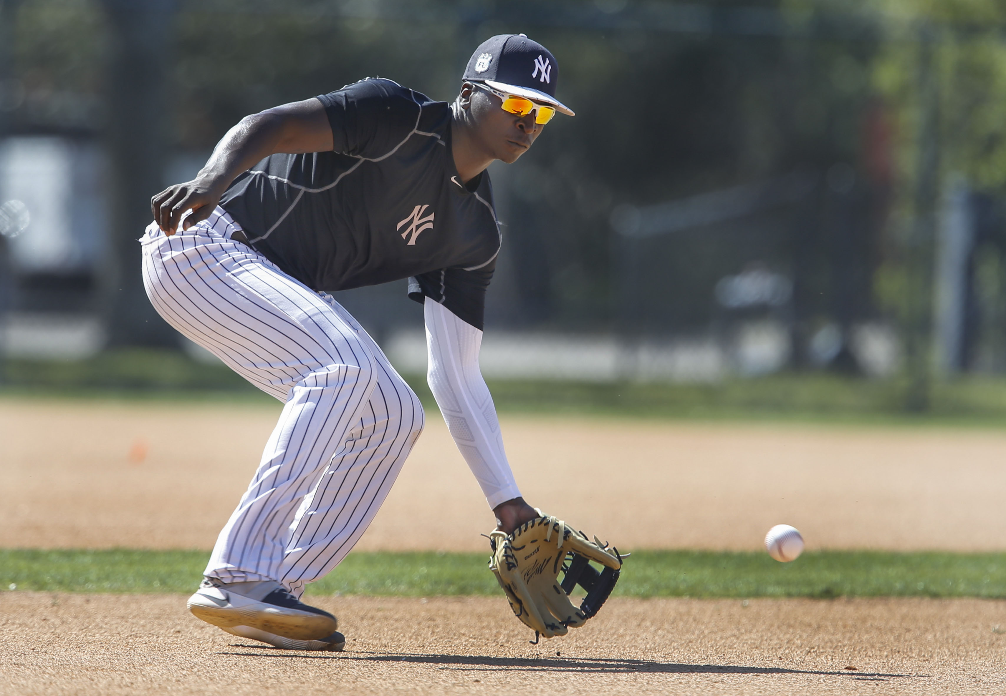 9889811-mlb-new-york-yankees-workouts