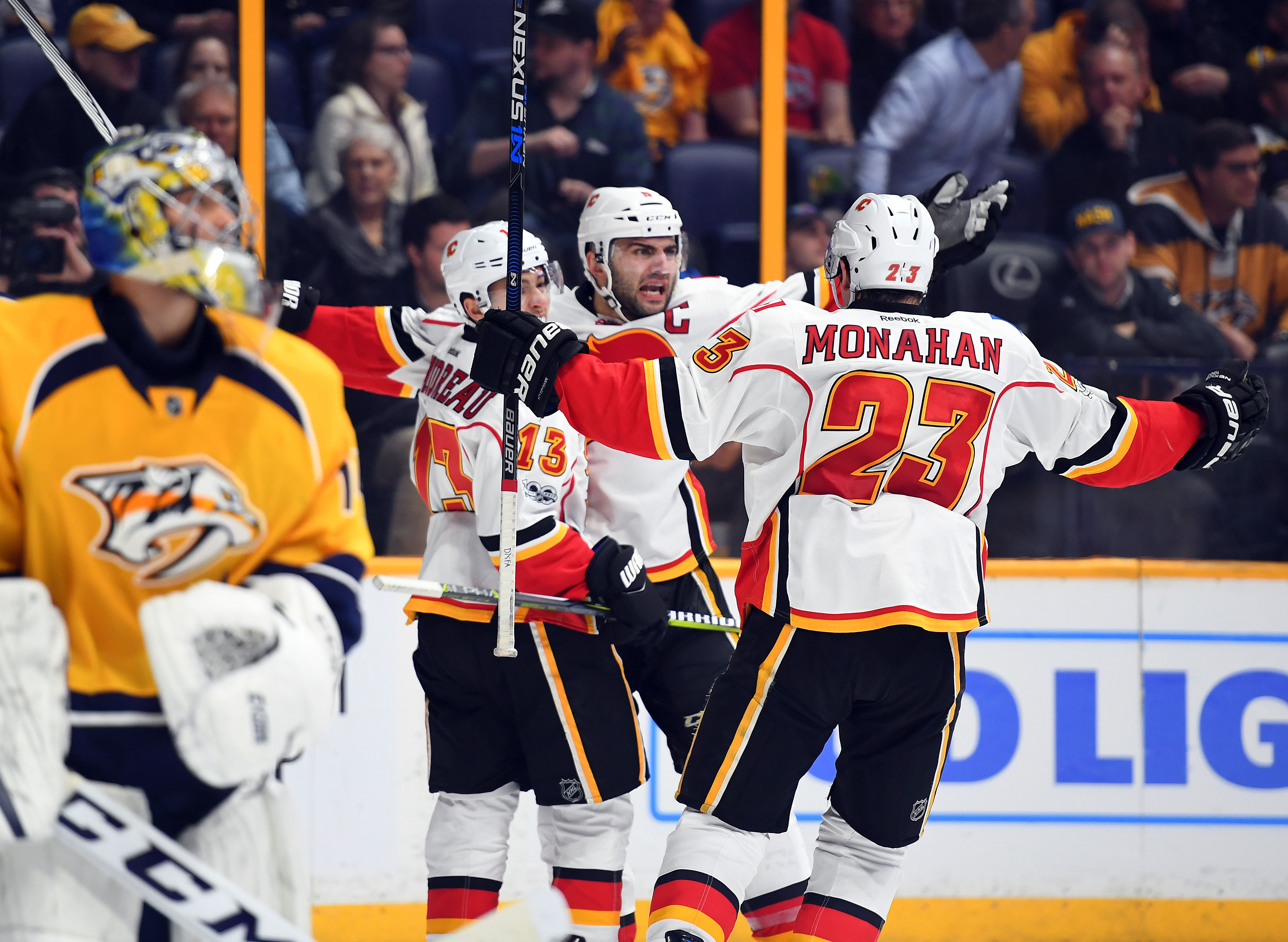 9892269-nhl-calgary-flames-at-nashville-predators