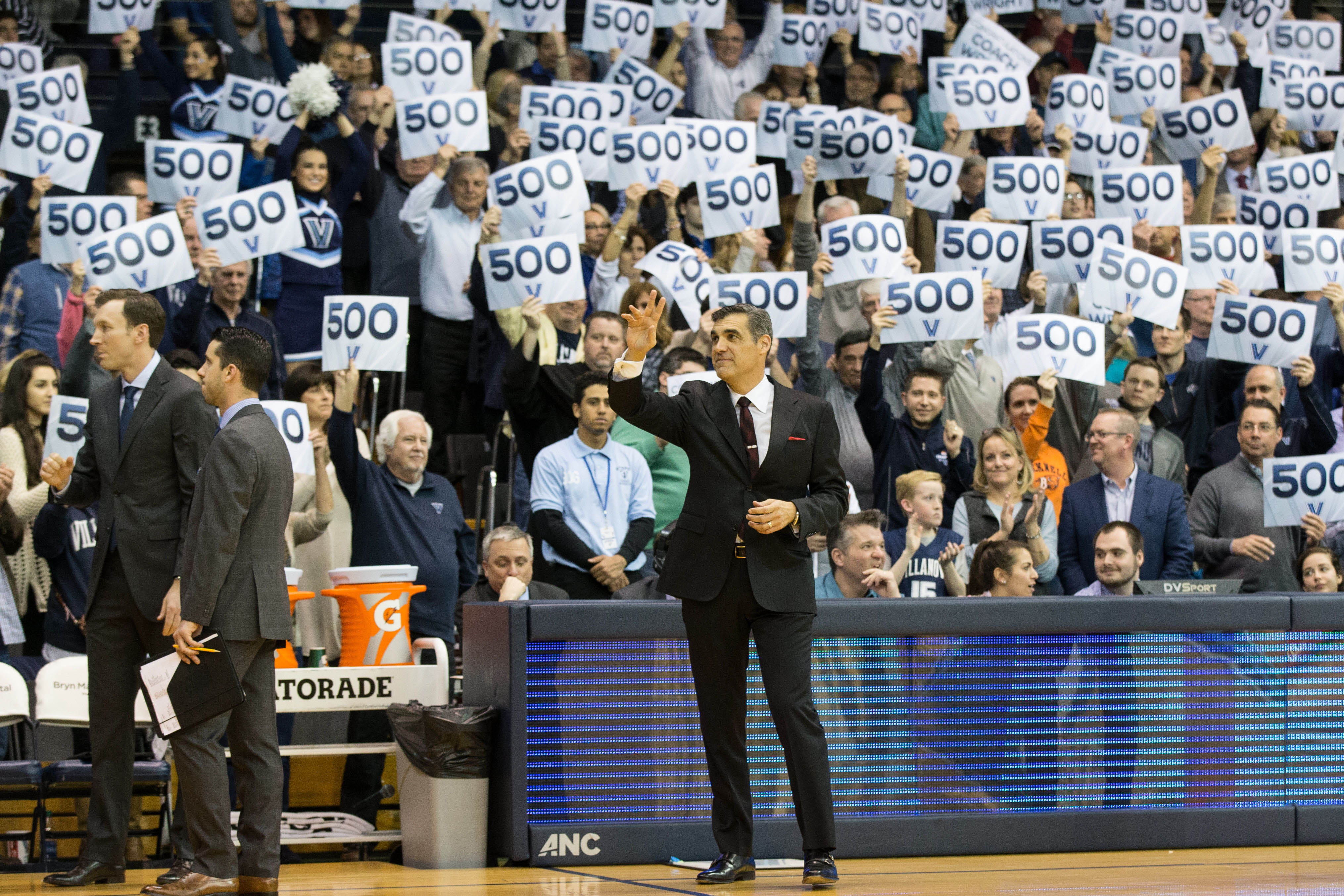 9893853-ncaa-basketball-butler-at-villanova