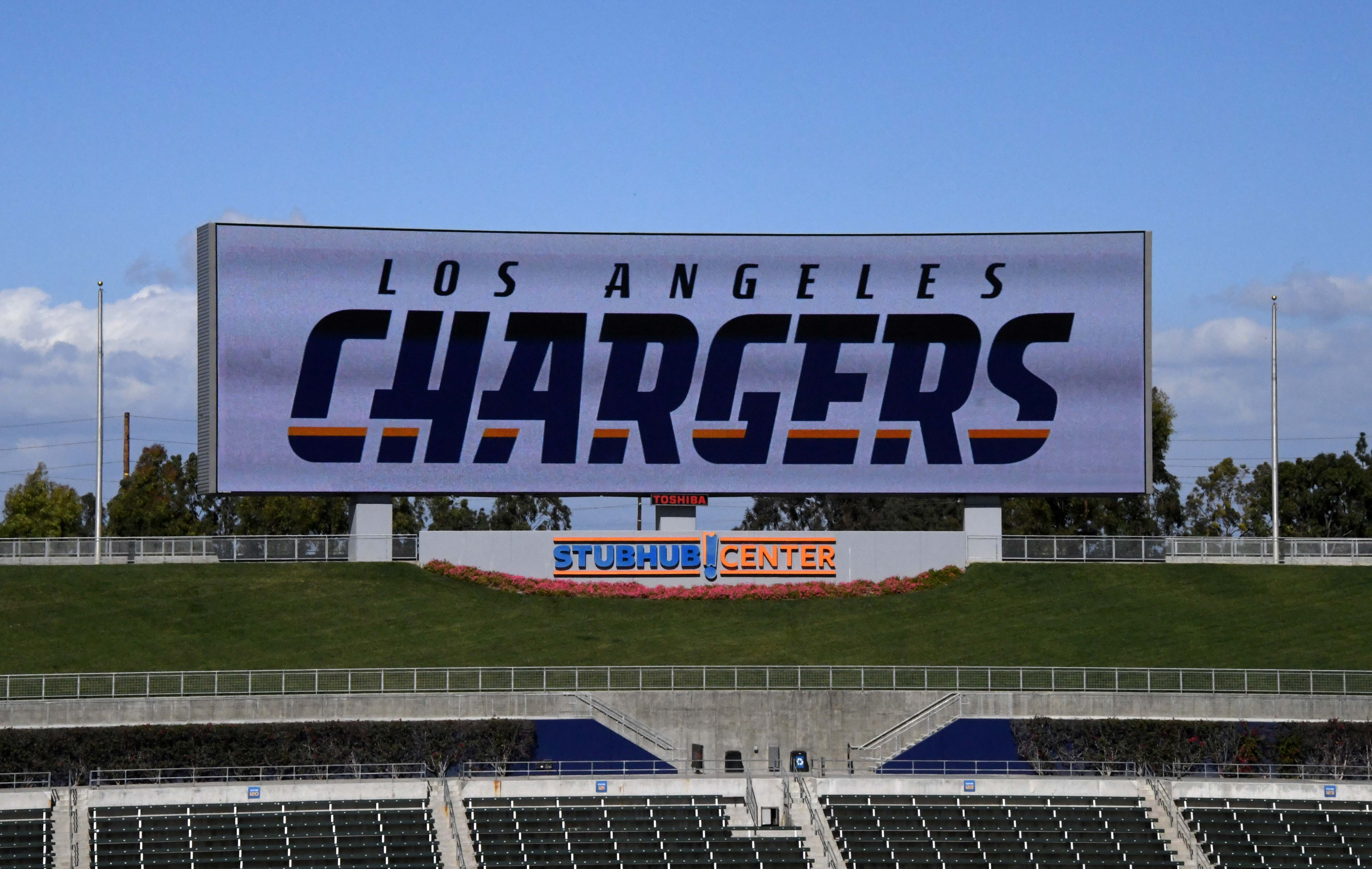 9894432-nfl-los-angeles-chargers-press-conference