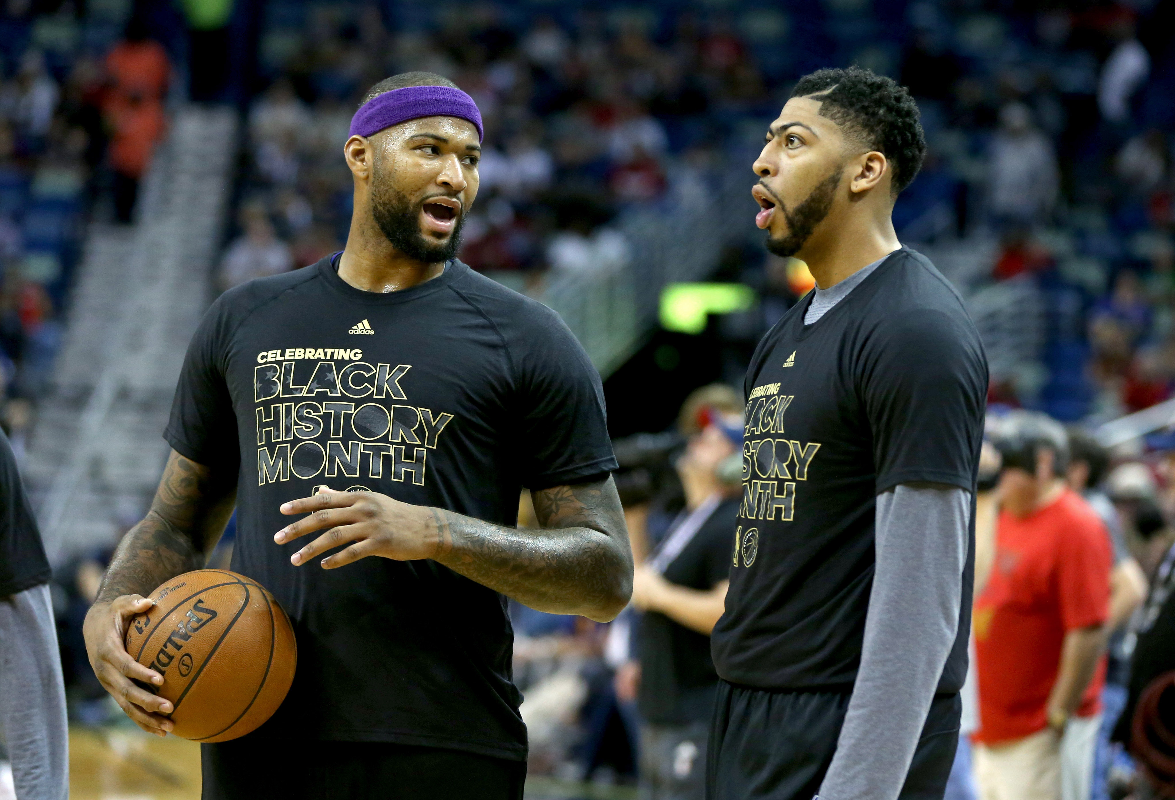 9896154-nba-houston-rockets-at-new-orleans-pelicans-1