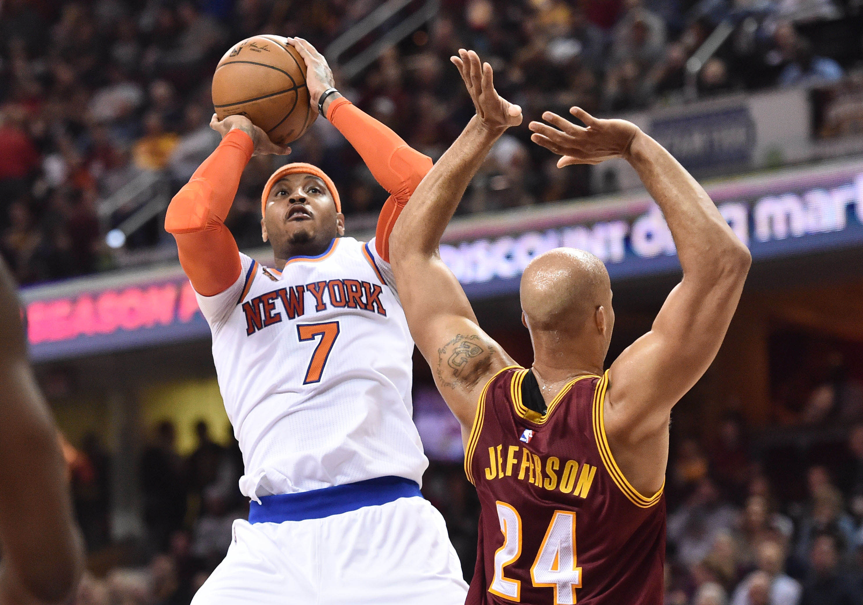 9896307-nba-new-york-knicks-at-cleveland-cavaliers