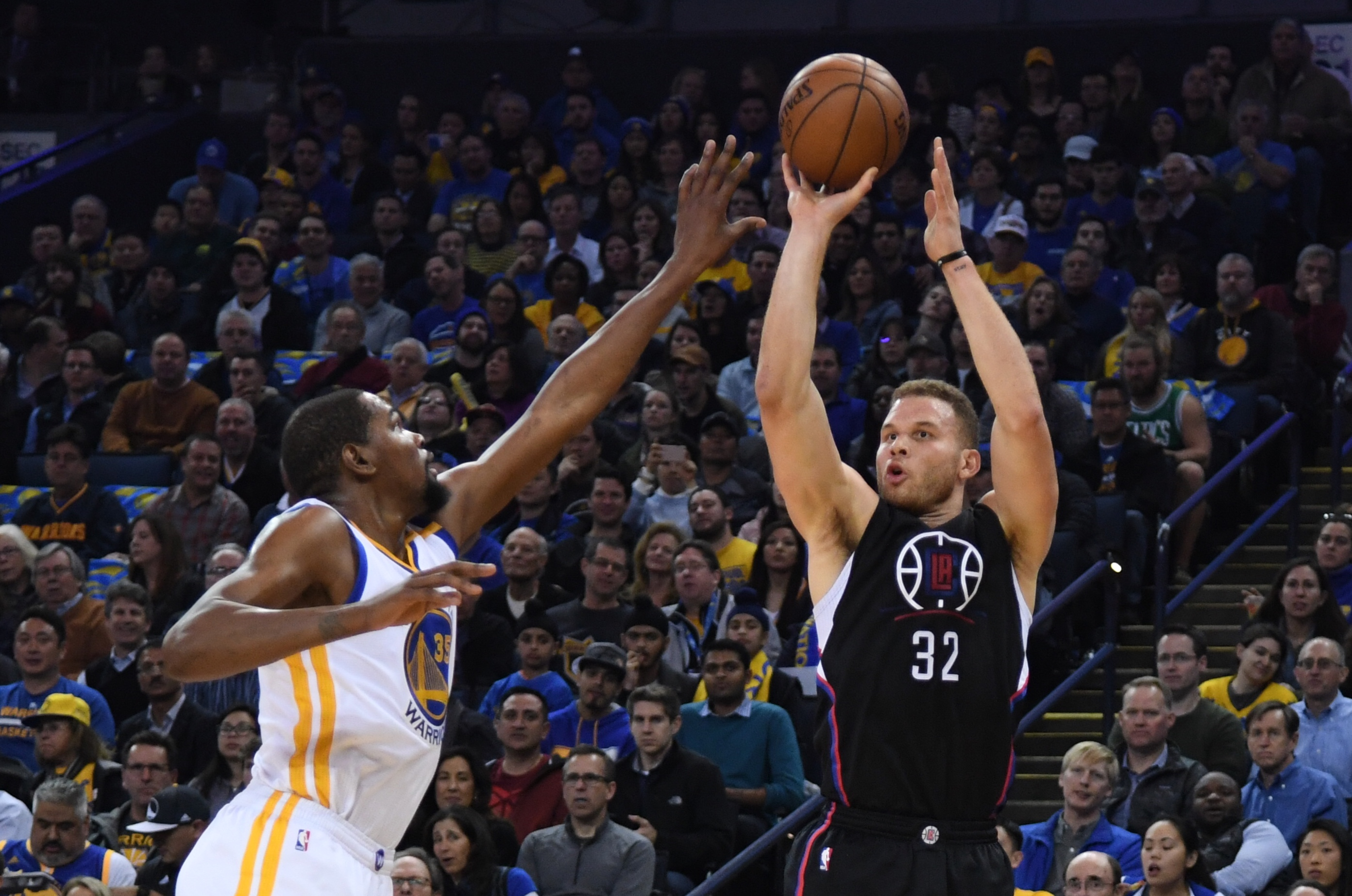 9896650-nba-los-angeles-clippers-at-golden-state-warriors