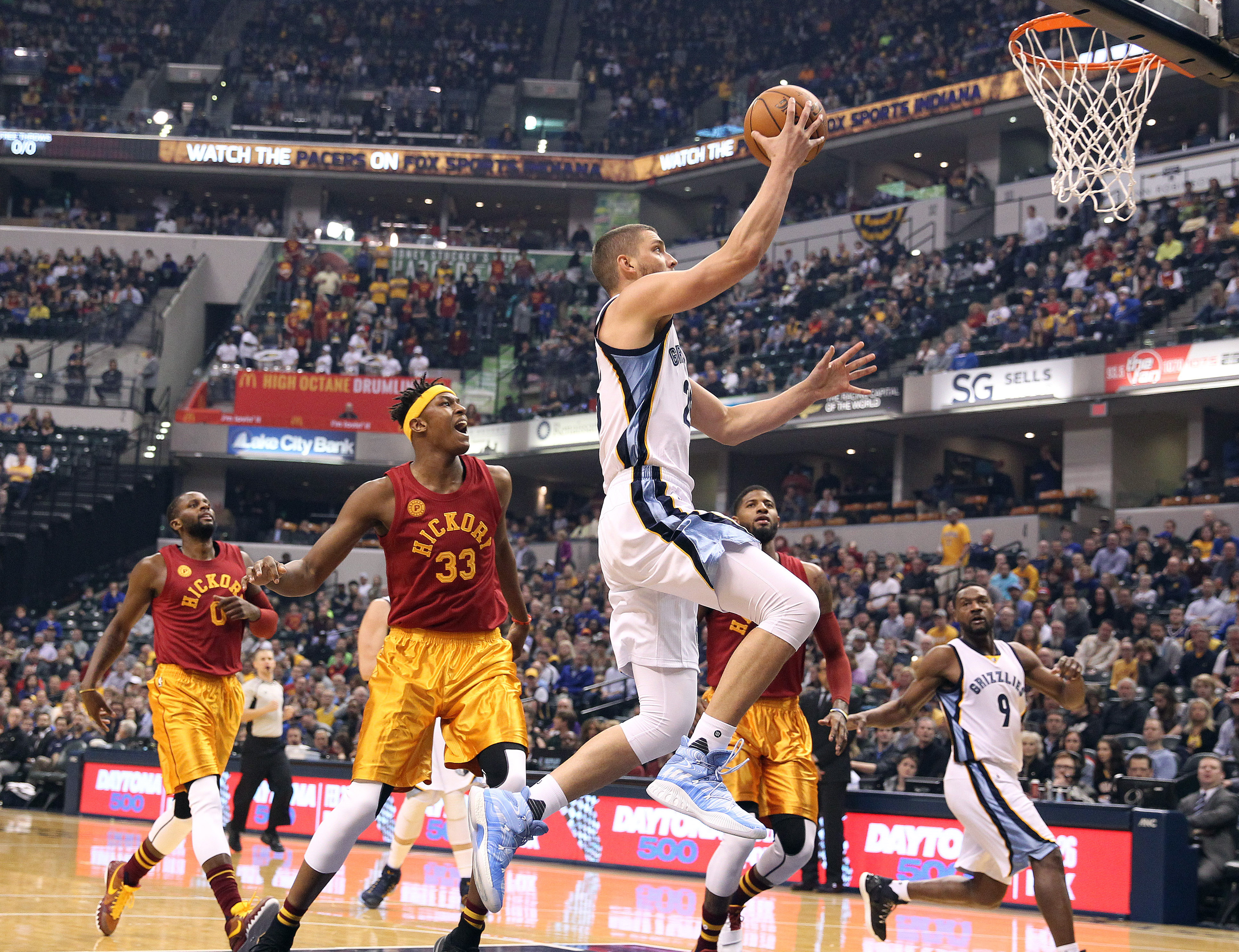 9897488-nba-memphis-grizzlies-at-indiana-pacers