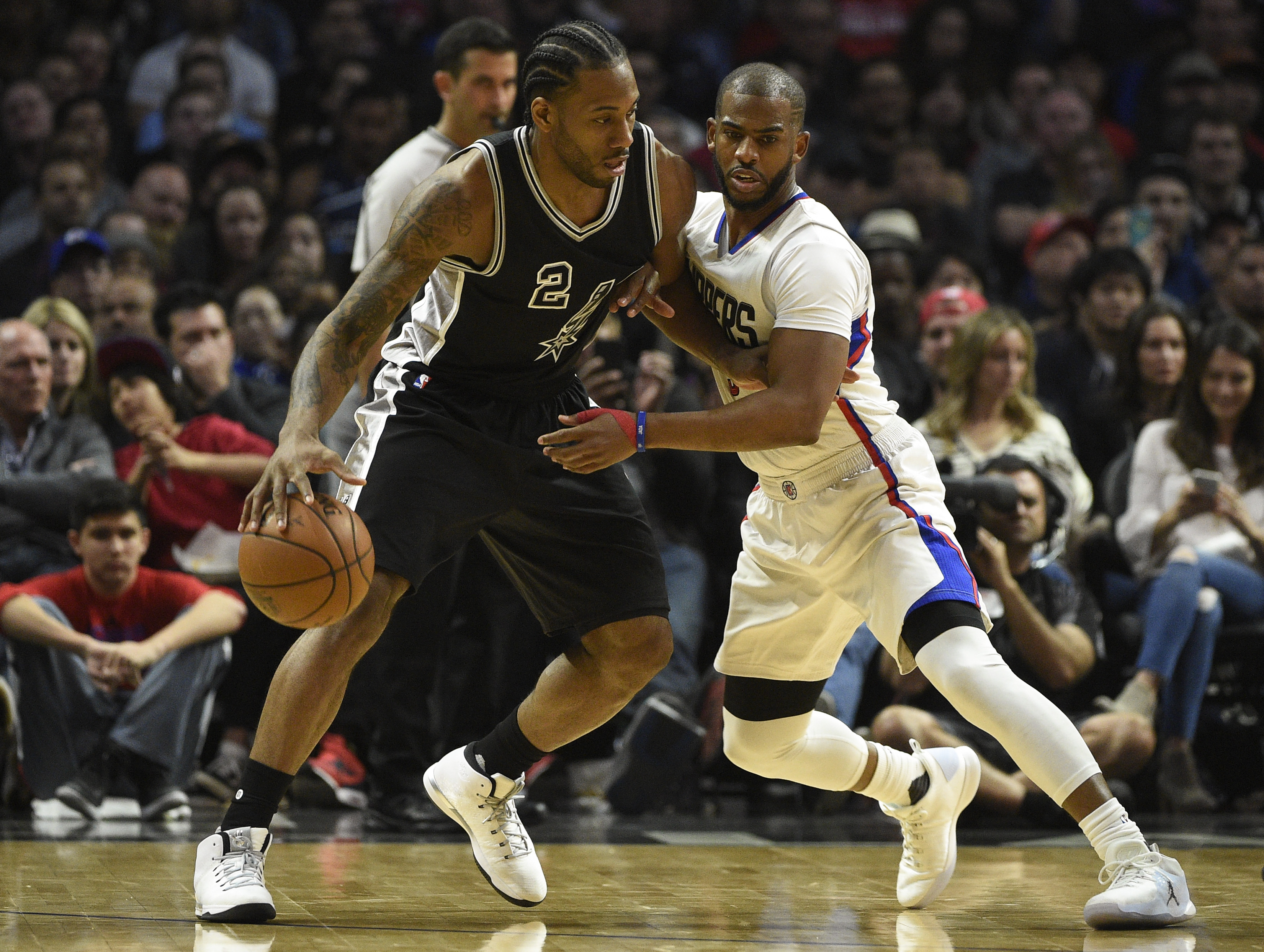 9898167-nba-san-antonio-spurs-at-los-angeles-clippers