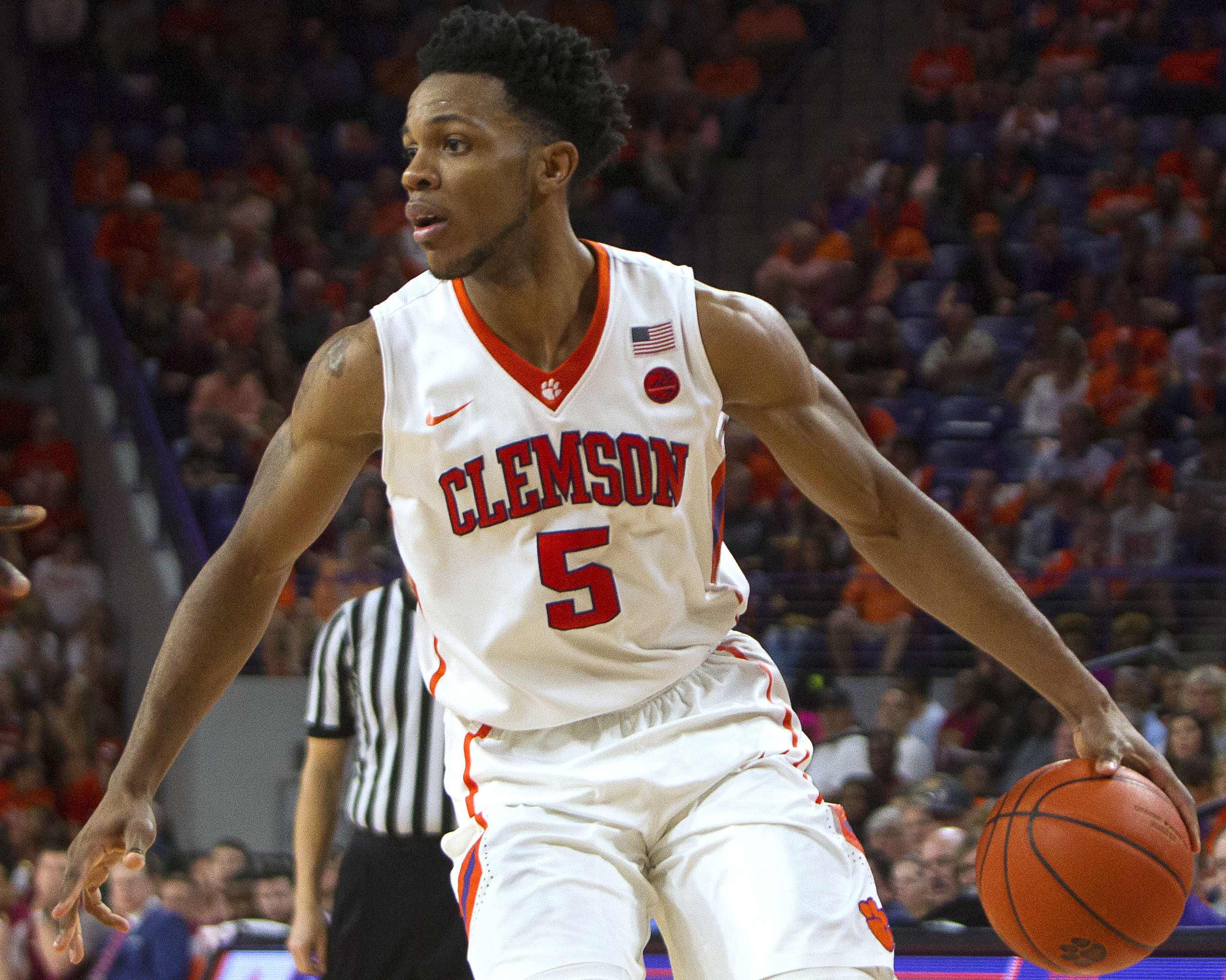 9898996-ncaa-basketball-florida-state-at-clemson