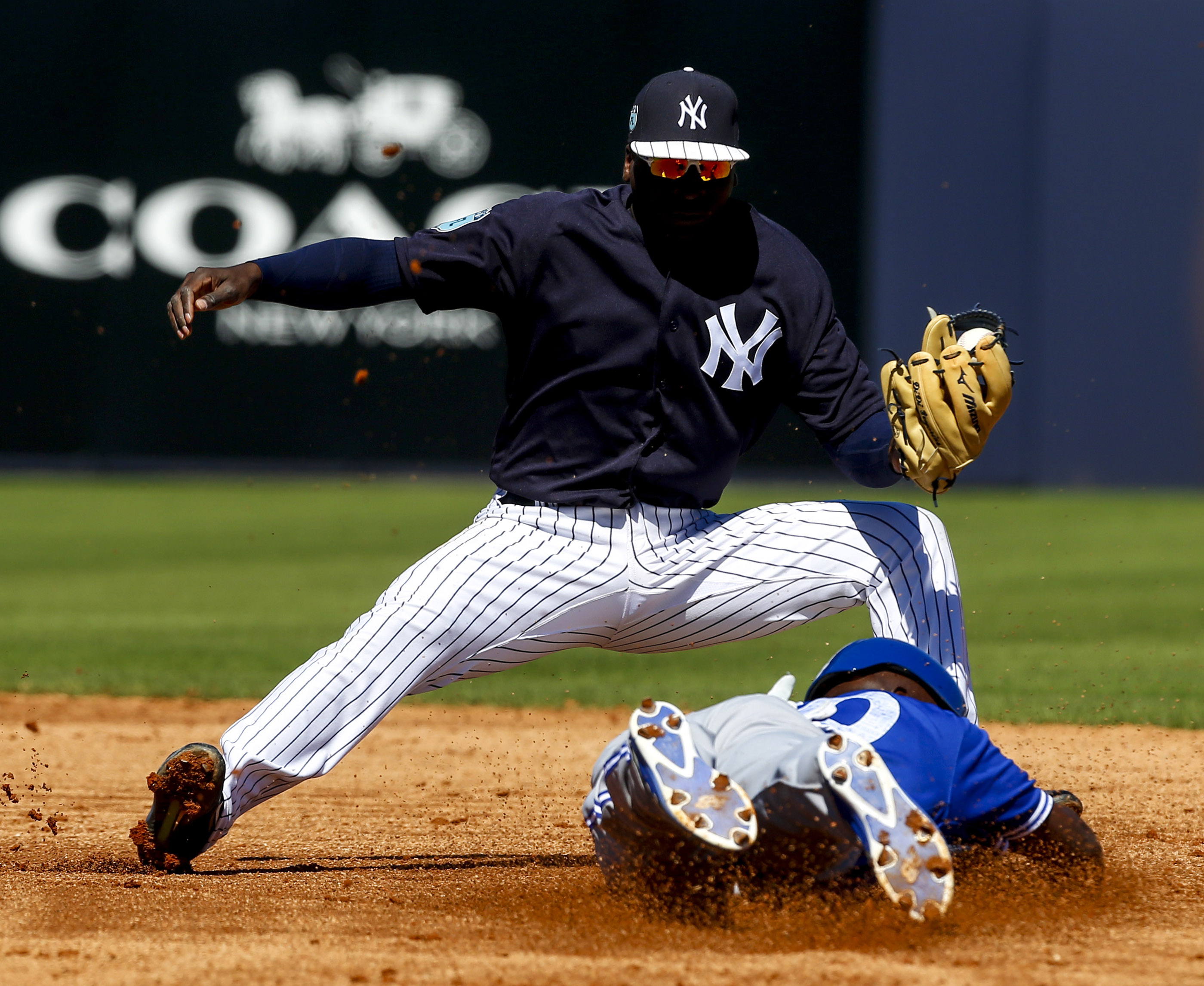 9902336-mlb-spring-training-toronto-blue-jays-at-new-york-yankees