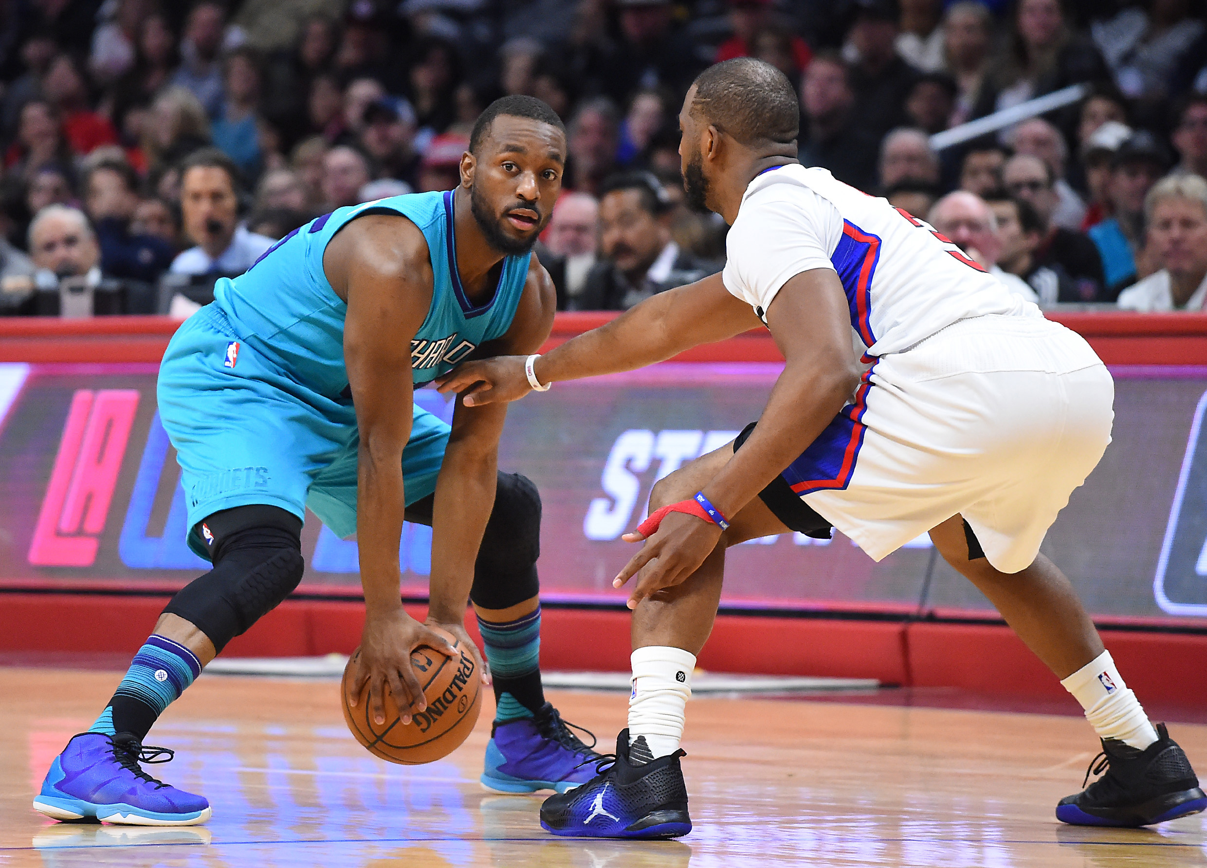 9904107-nba-charlotte-hornets-at-los-angeles-clippers