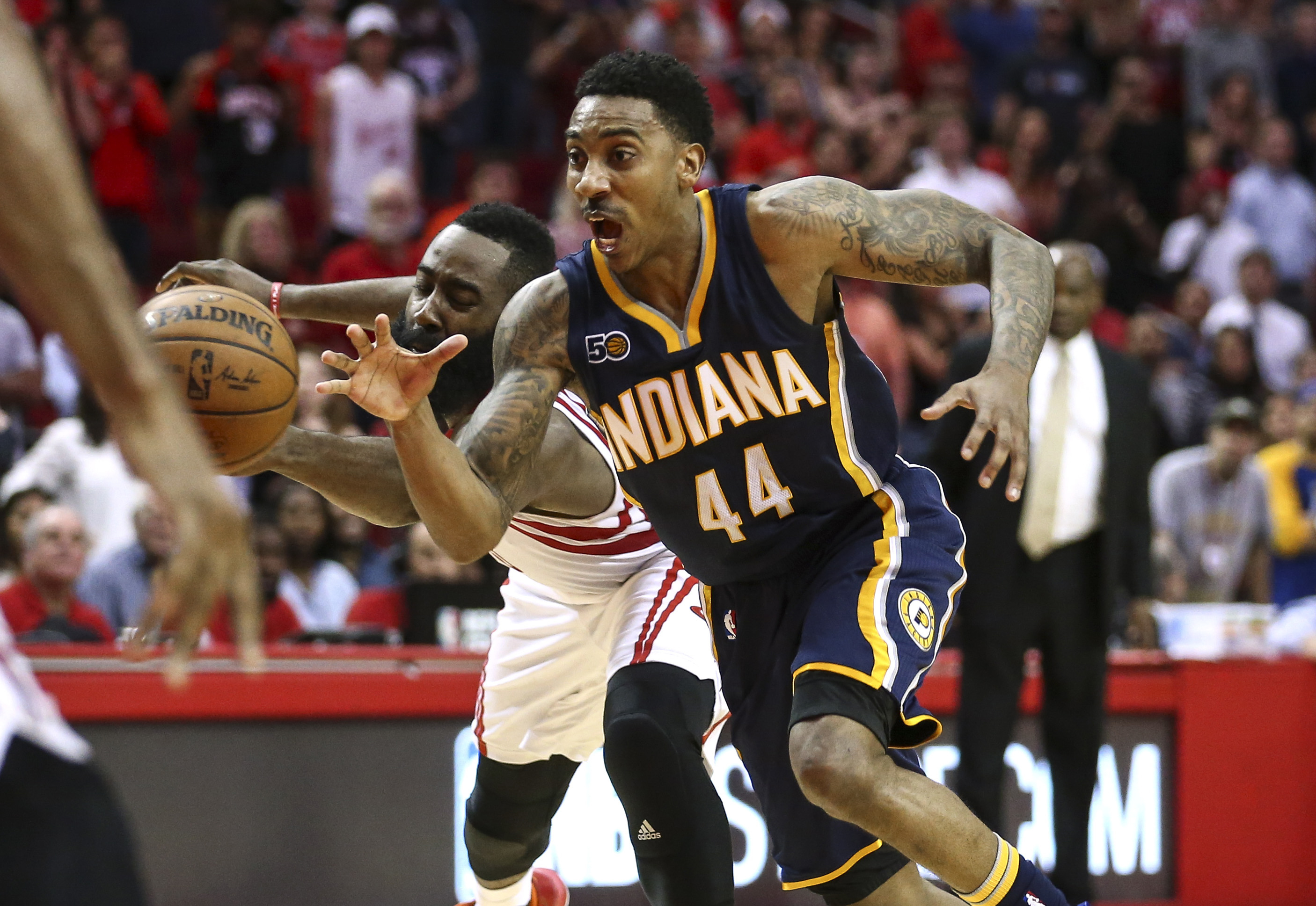9905496-nba-indiana-pacers-at-houston-rockets