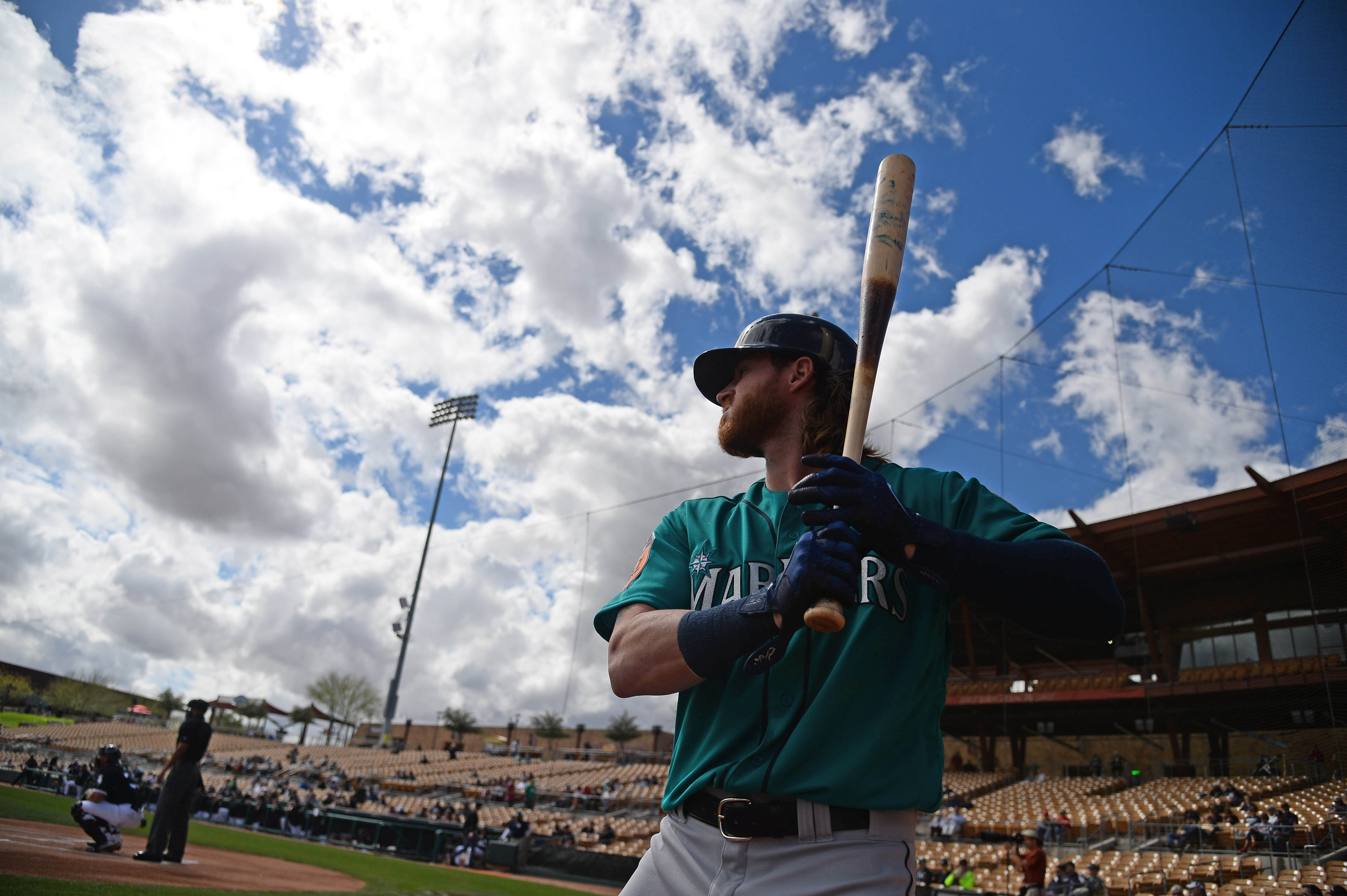 9907485-mlb-spring-training-seattle-mariners-at-chicago-white-sox
