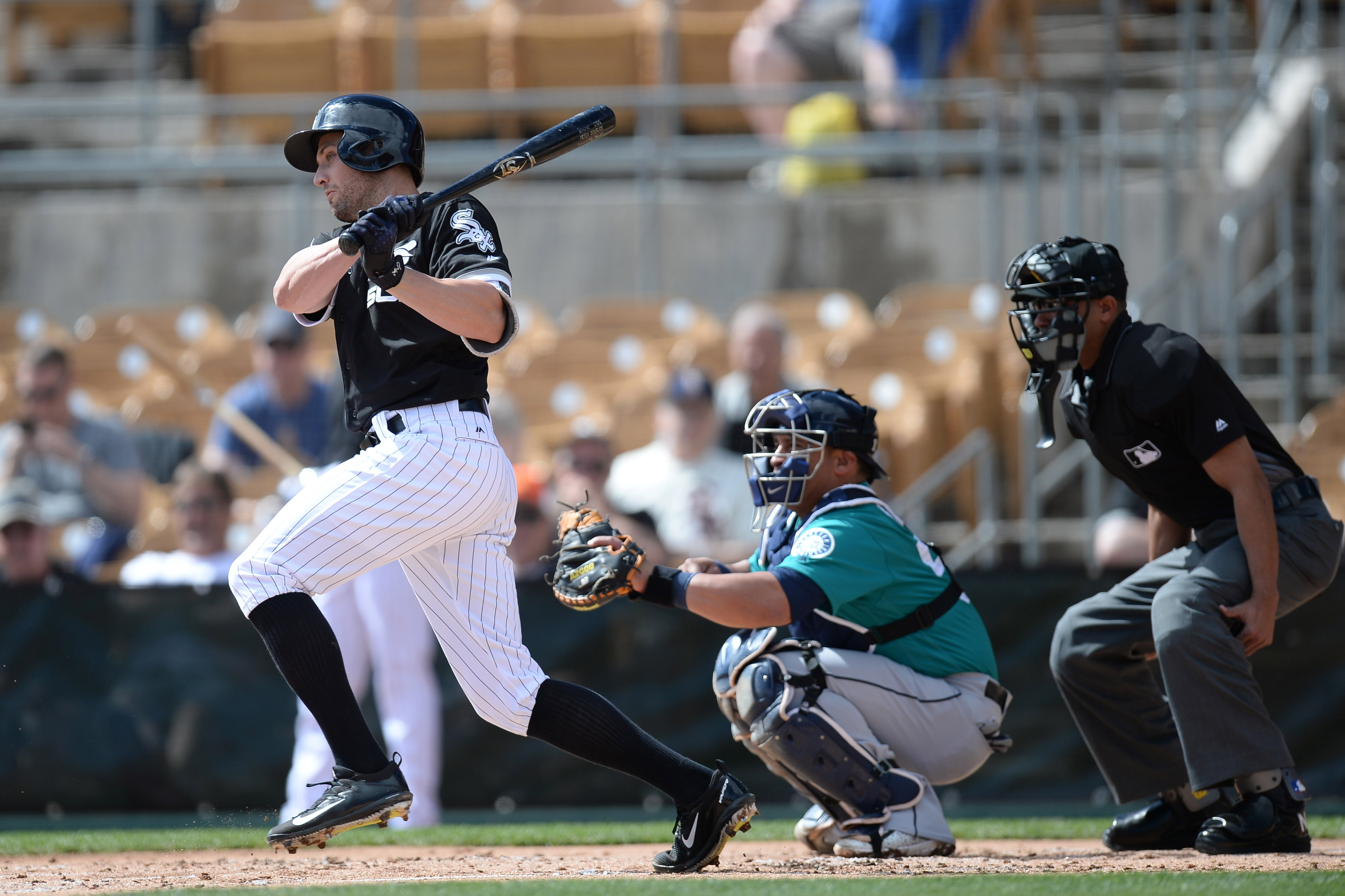 9907510-mlb-spring-training-seattle-mariners-at-chicago-white-sox