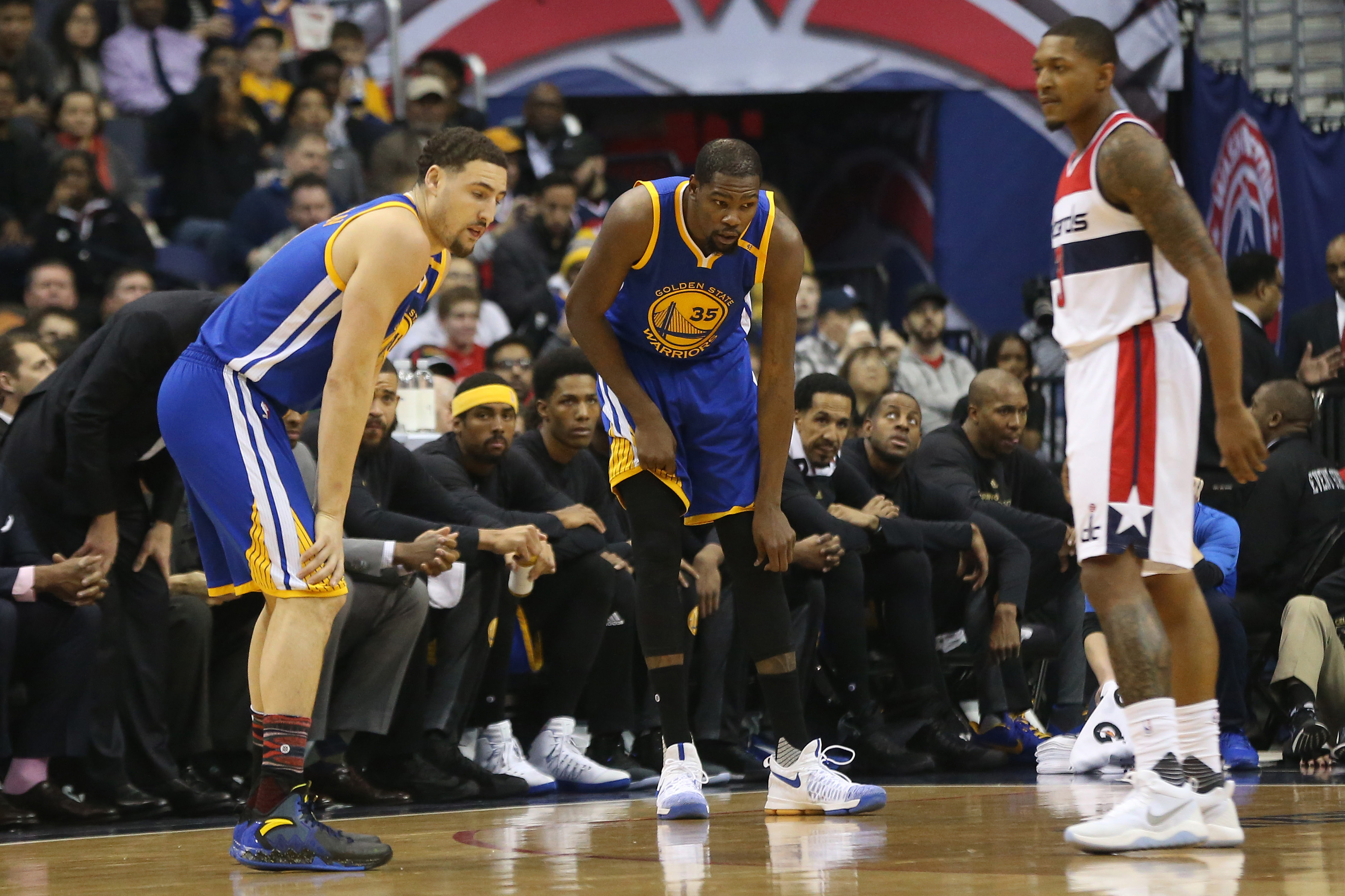9907698-nba-golden-state-warriors-at-washington-wizards-1