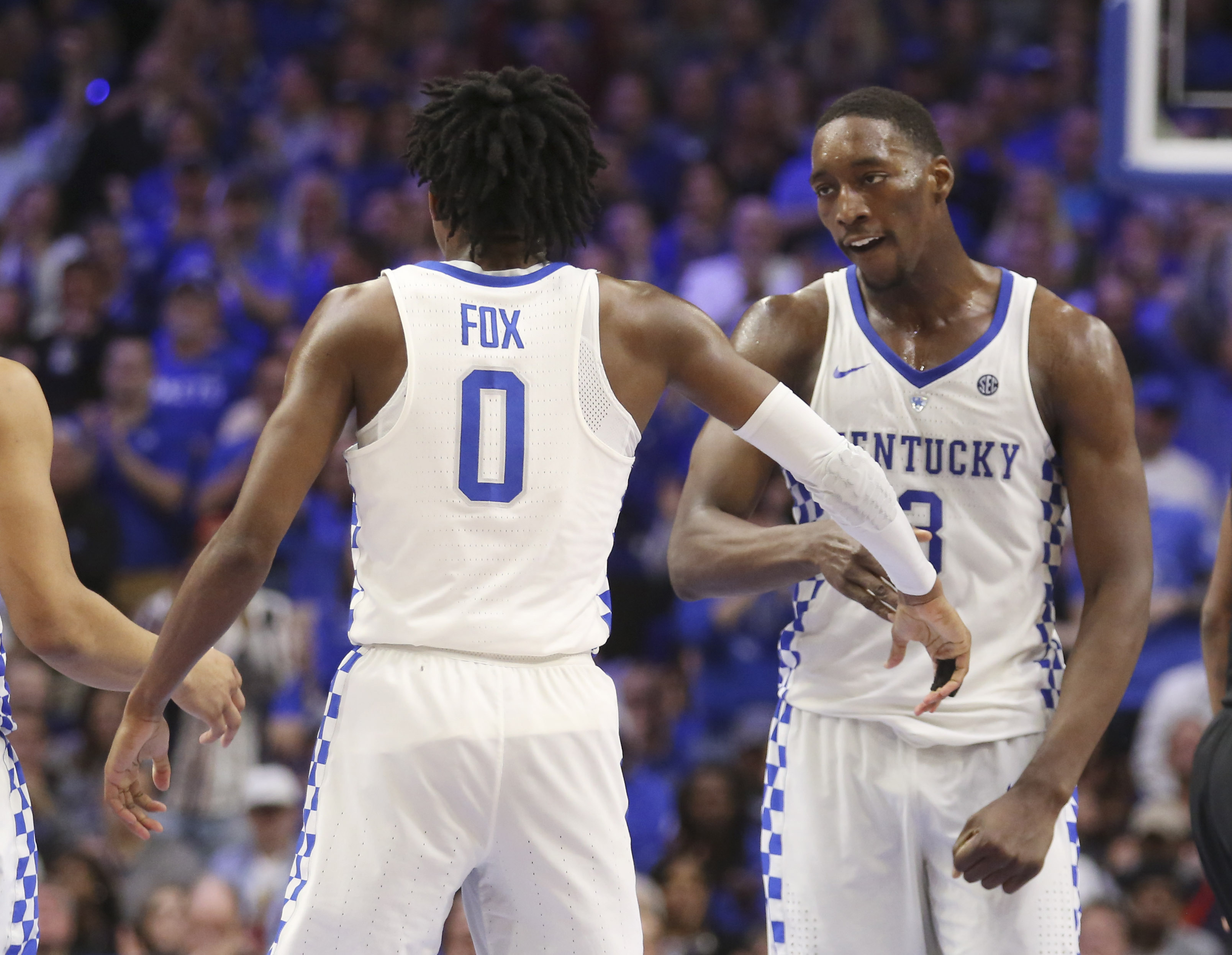 9908832-ncaa-basketball-vanderbilt-at-kentucky