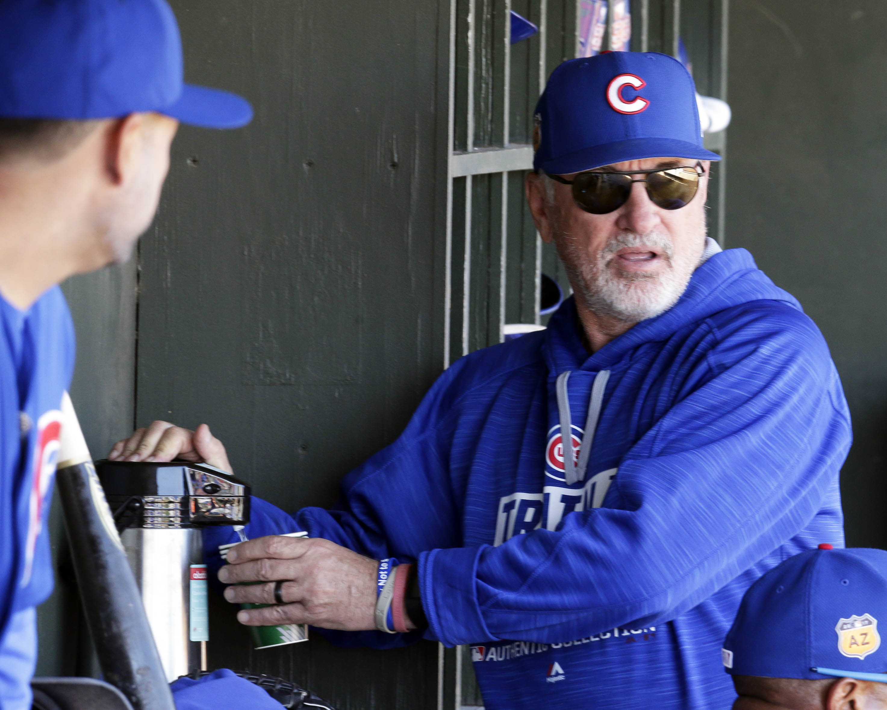 9910129-mlb-spring-training-chicago-cubs-at-kansas-city-royals