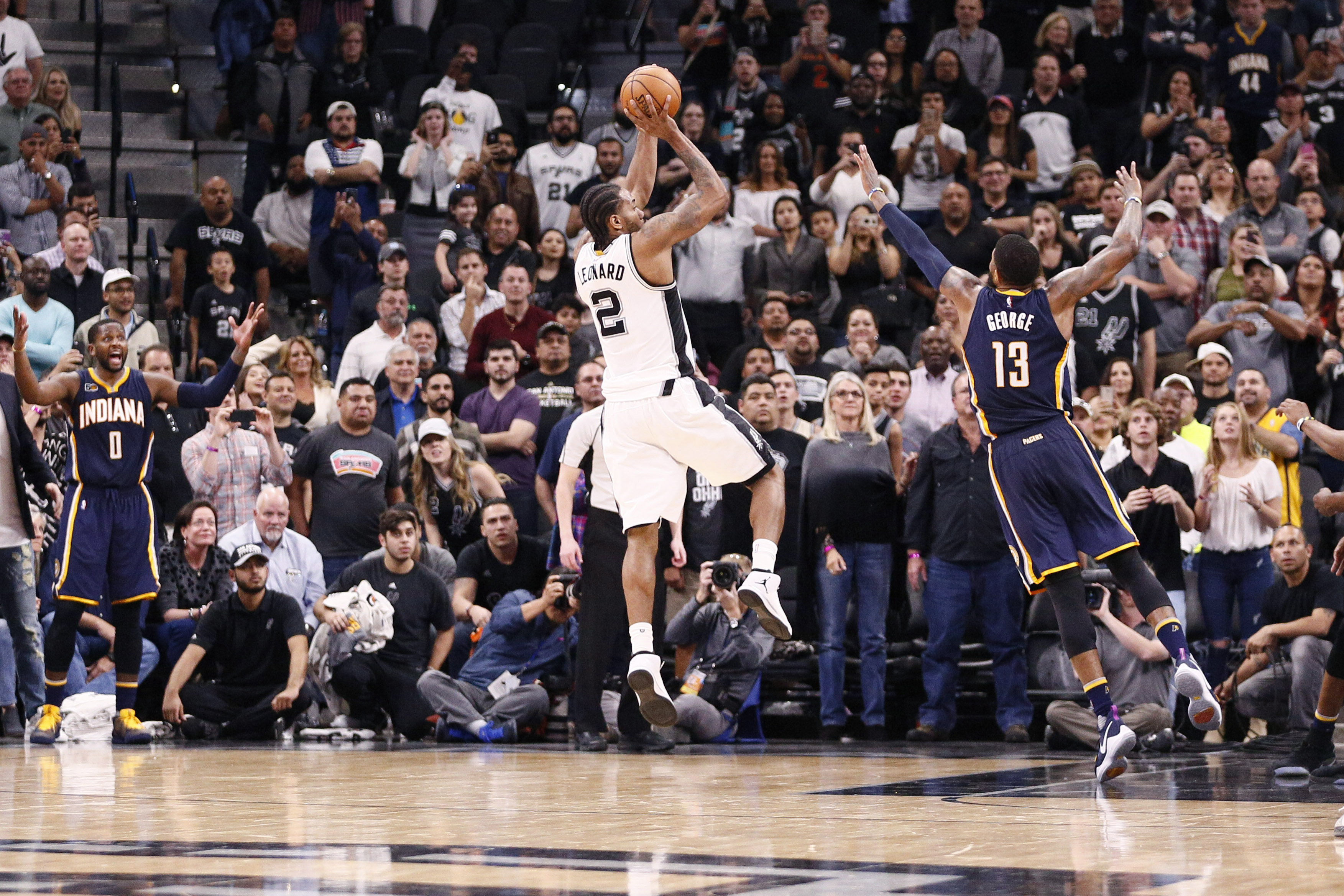 9910715-nba-indiana-pacers-at-san-antonio-spurs