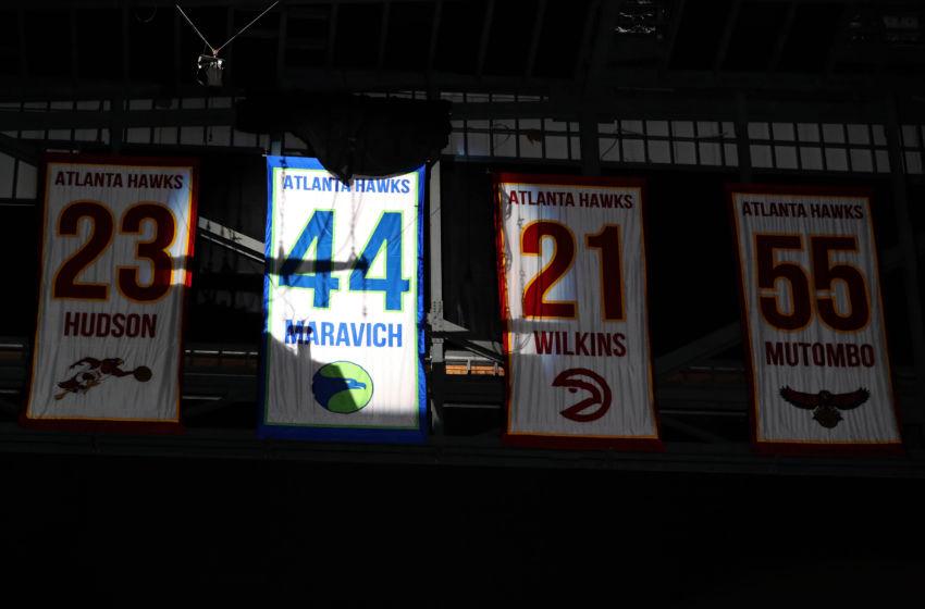 Atlanta Hawks retire Pete Maravich's No. 44 jersey (Video)