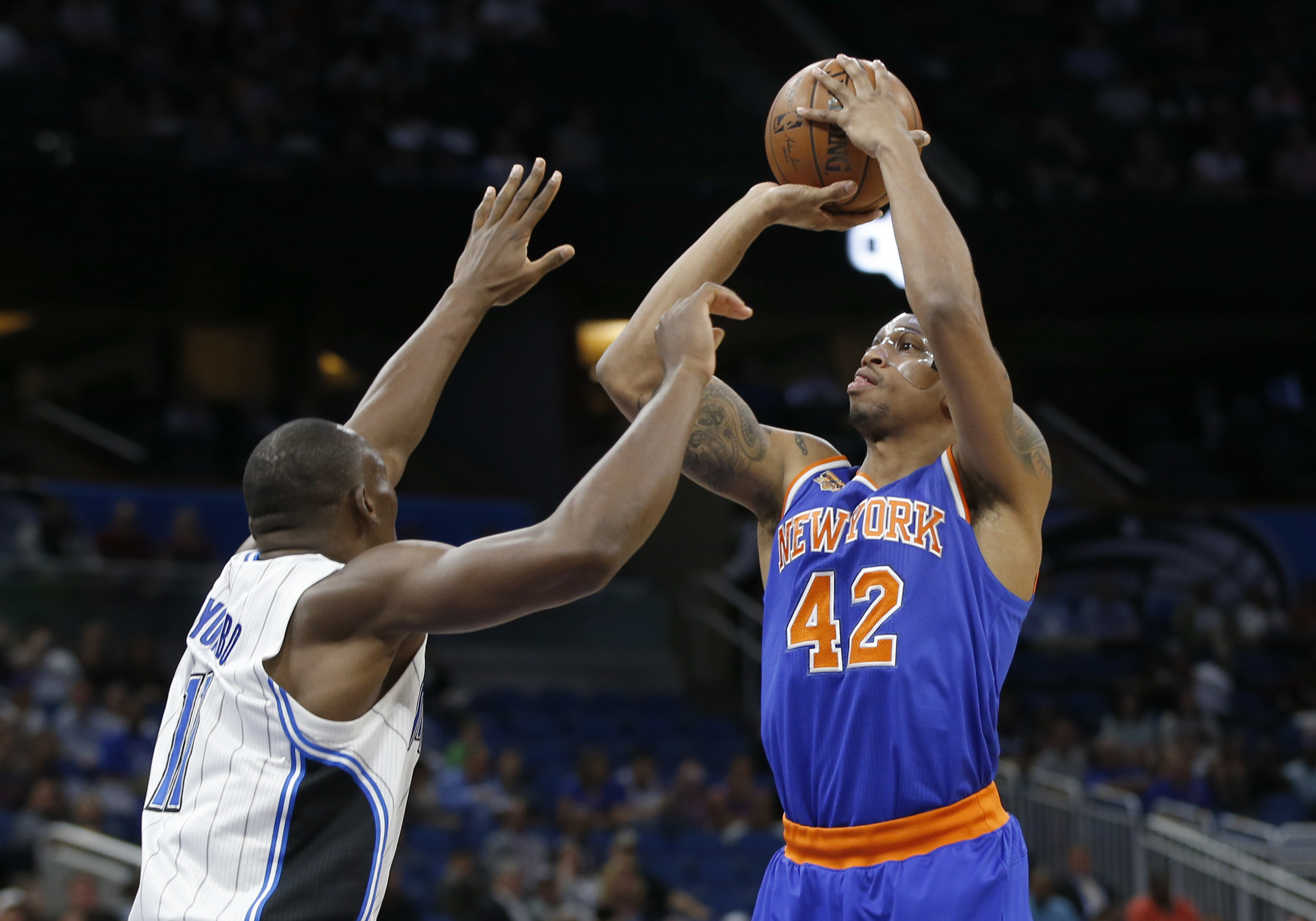 9923145-nba-new-york-knicks-at-orlando-magic