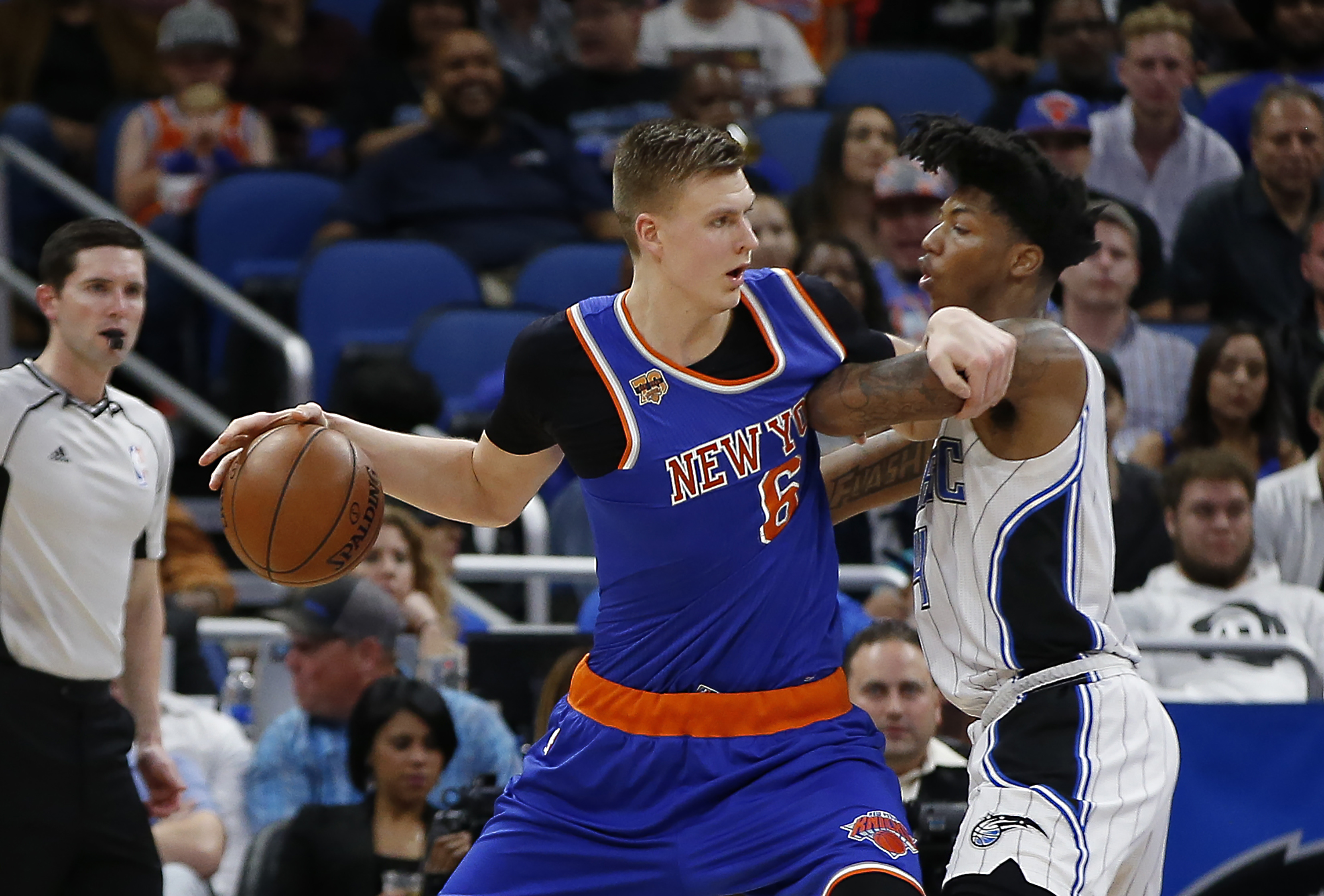 9923308-nba-new-york-knicks-at-orlando-magic
