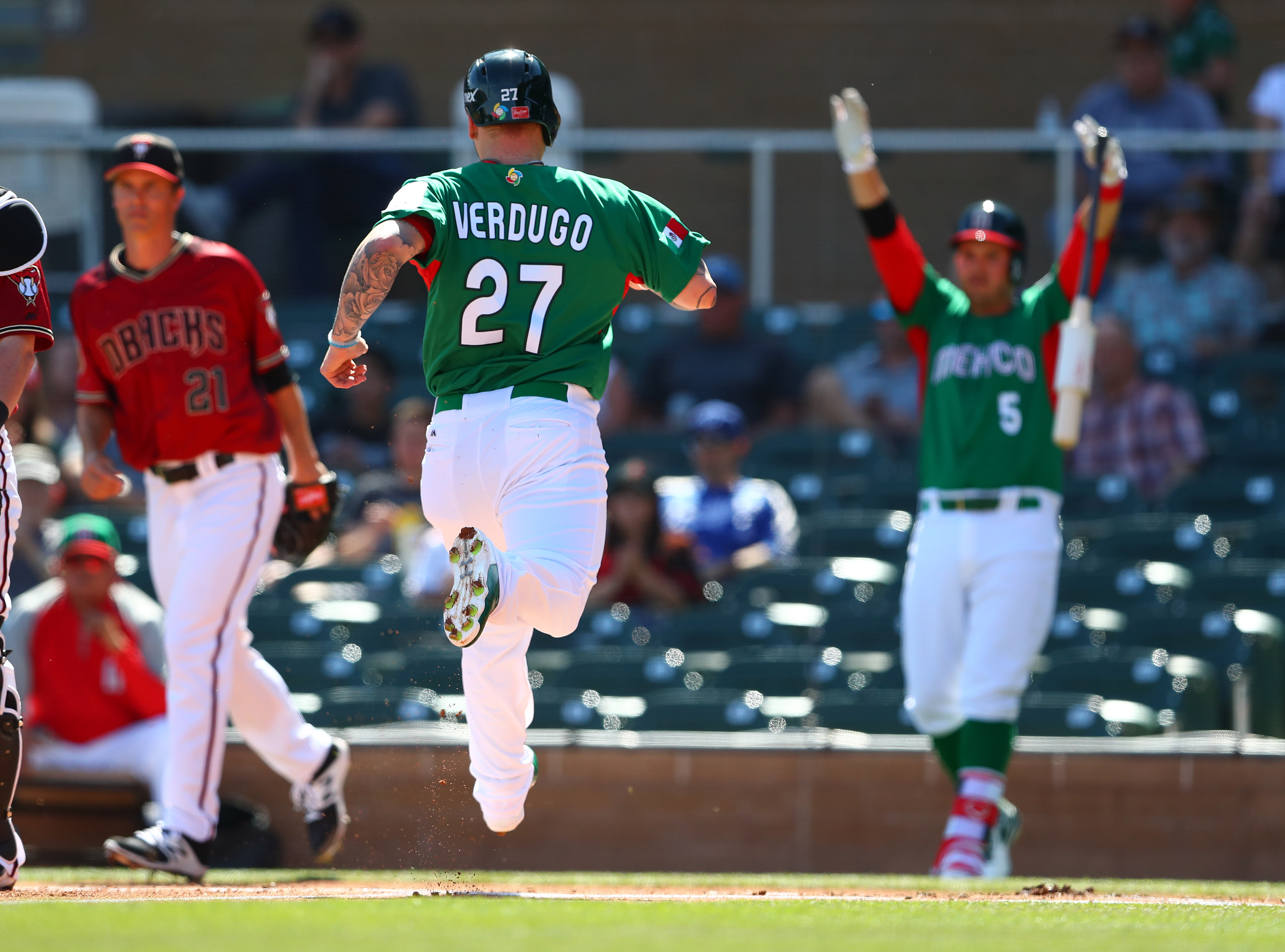 9926228-baseball-world-baseball-classic-exhibion-game-mexico-at-arizona-diamondbacks