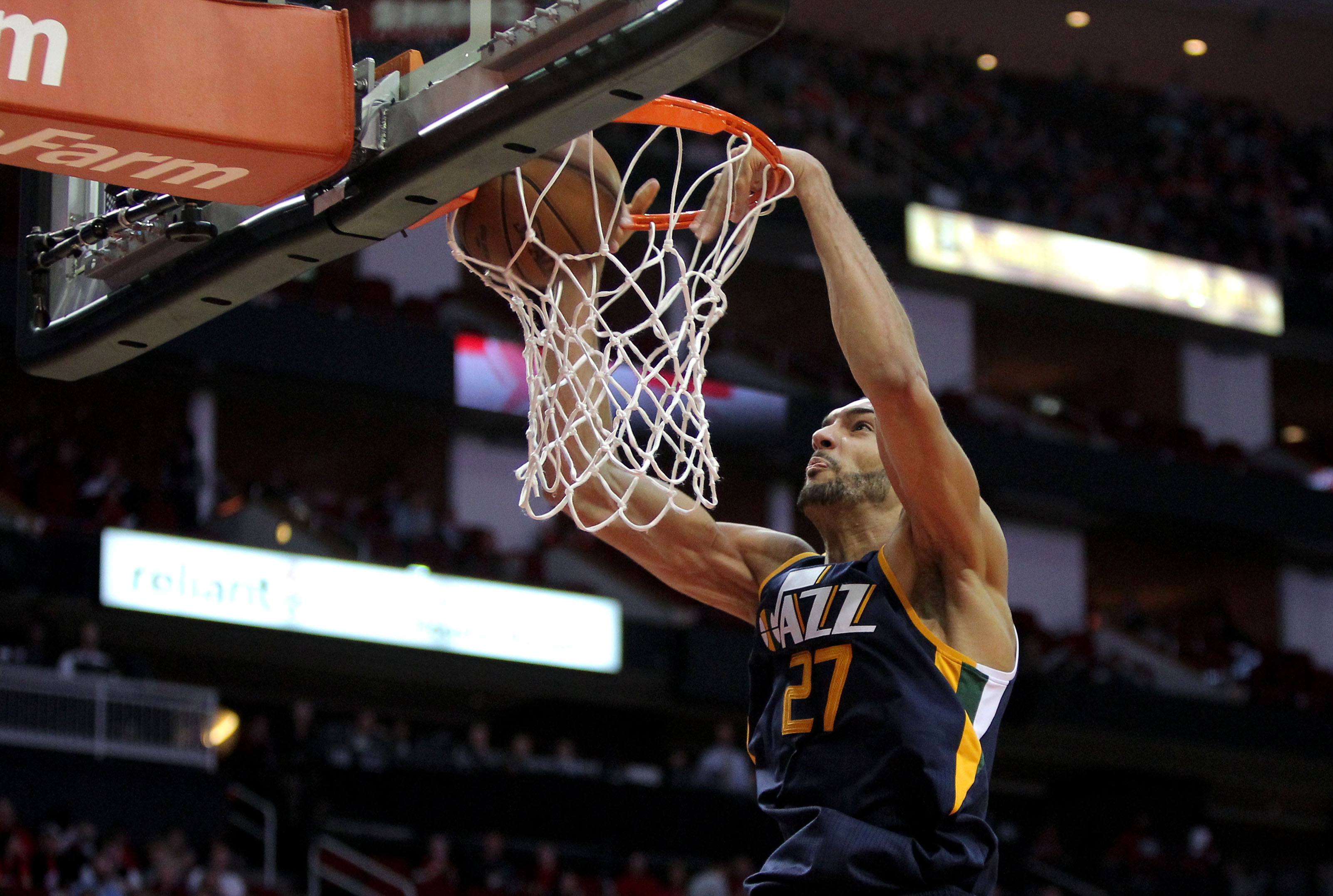Jazz come out flat, lay an egg in important game against Clippers