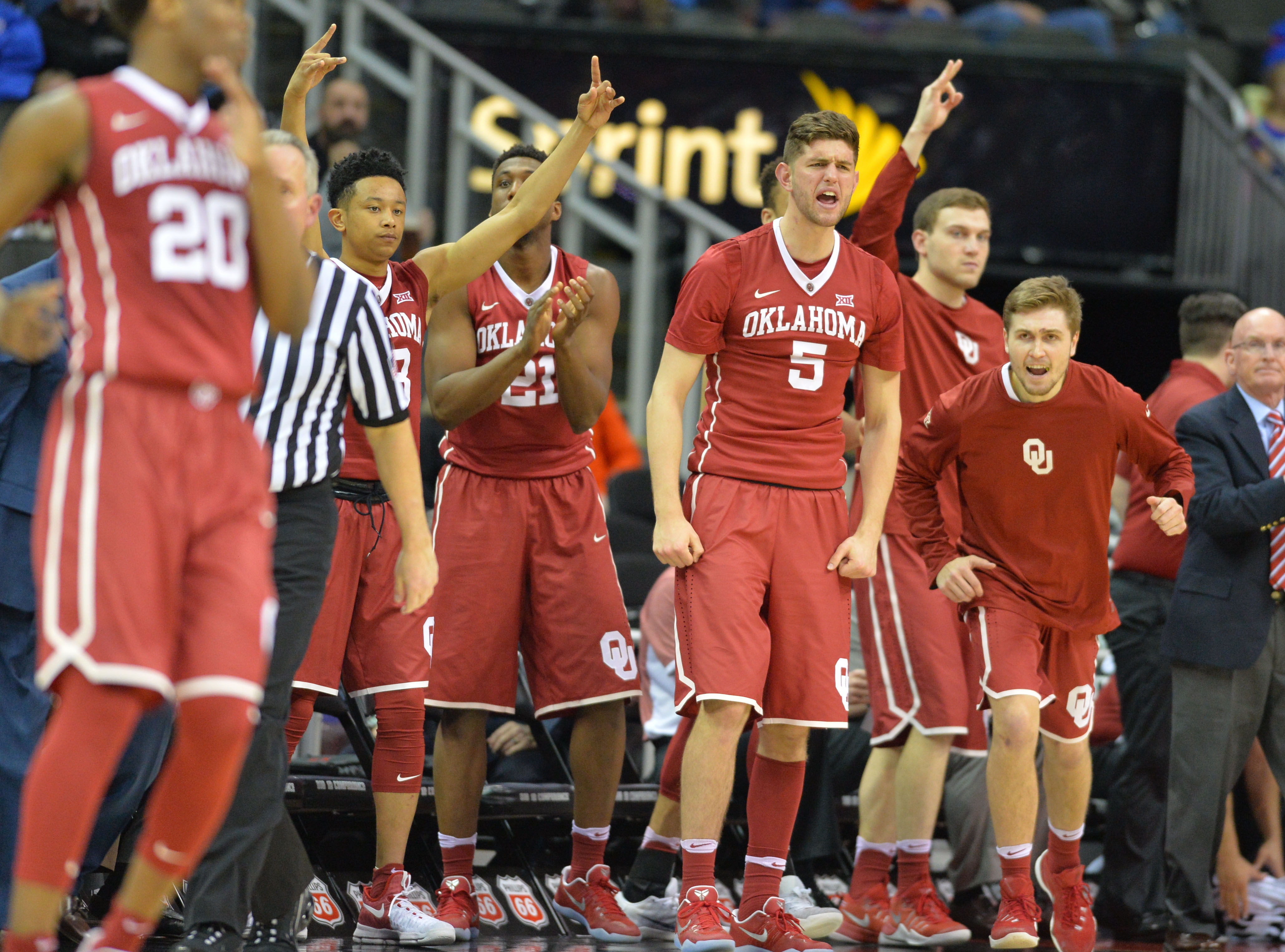 Oklahoma Basketball: What Some Are Saying About Next Season
