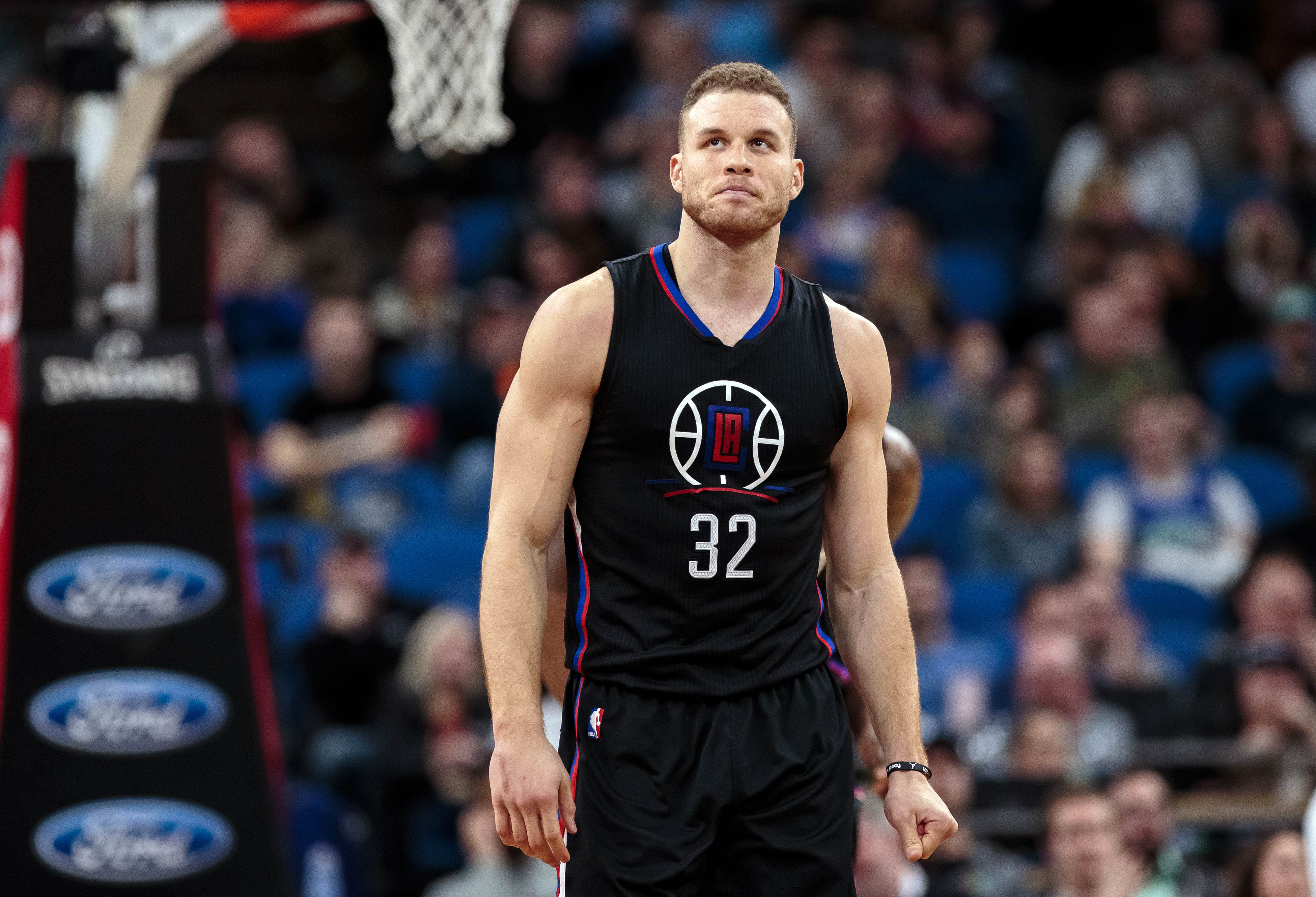 9926946-nba-los-angeles-clippers-at-minnesota-timberwolves